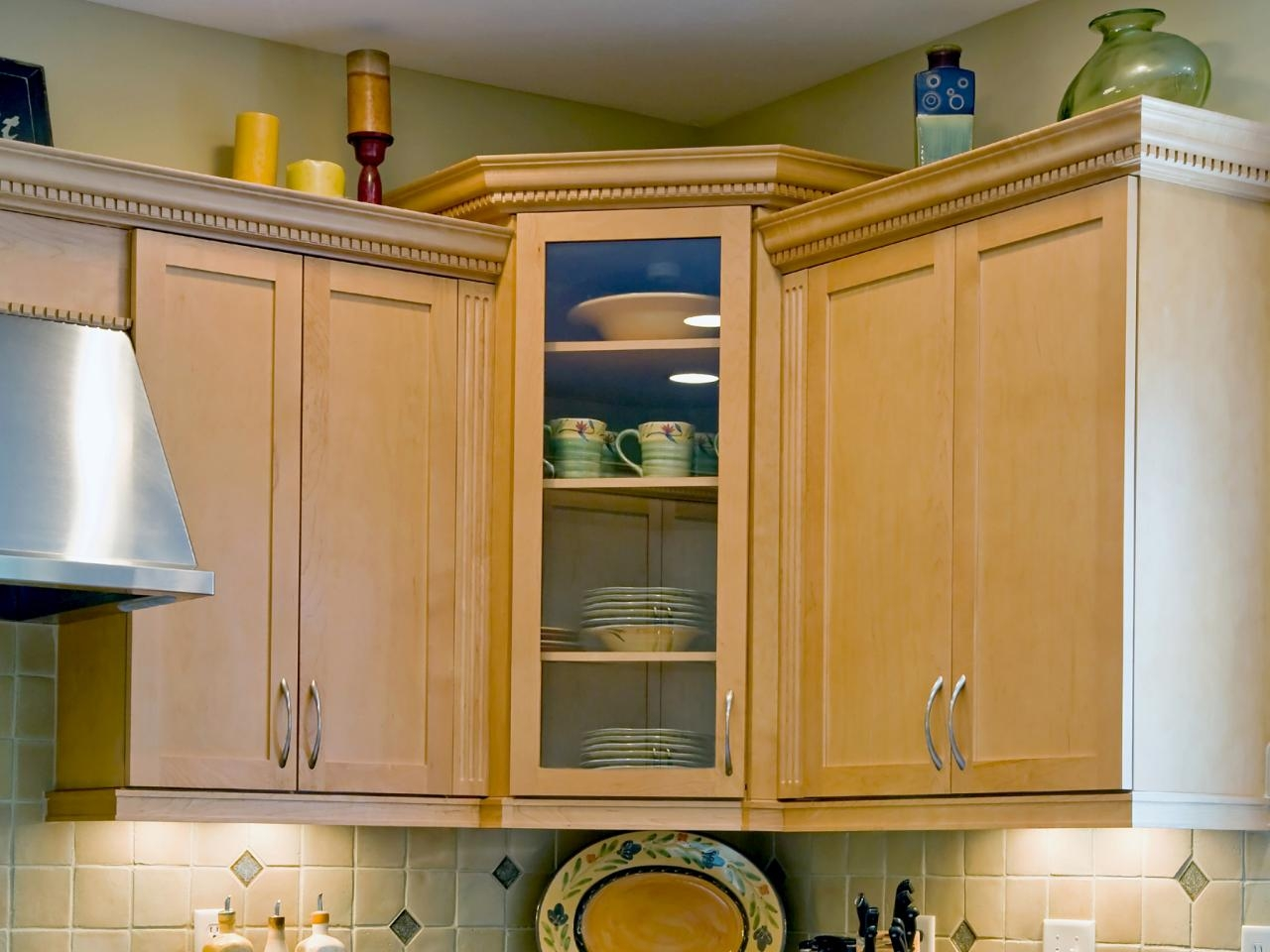 Corner Upper Kitchen Cabinet Ideas