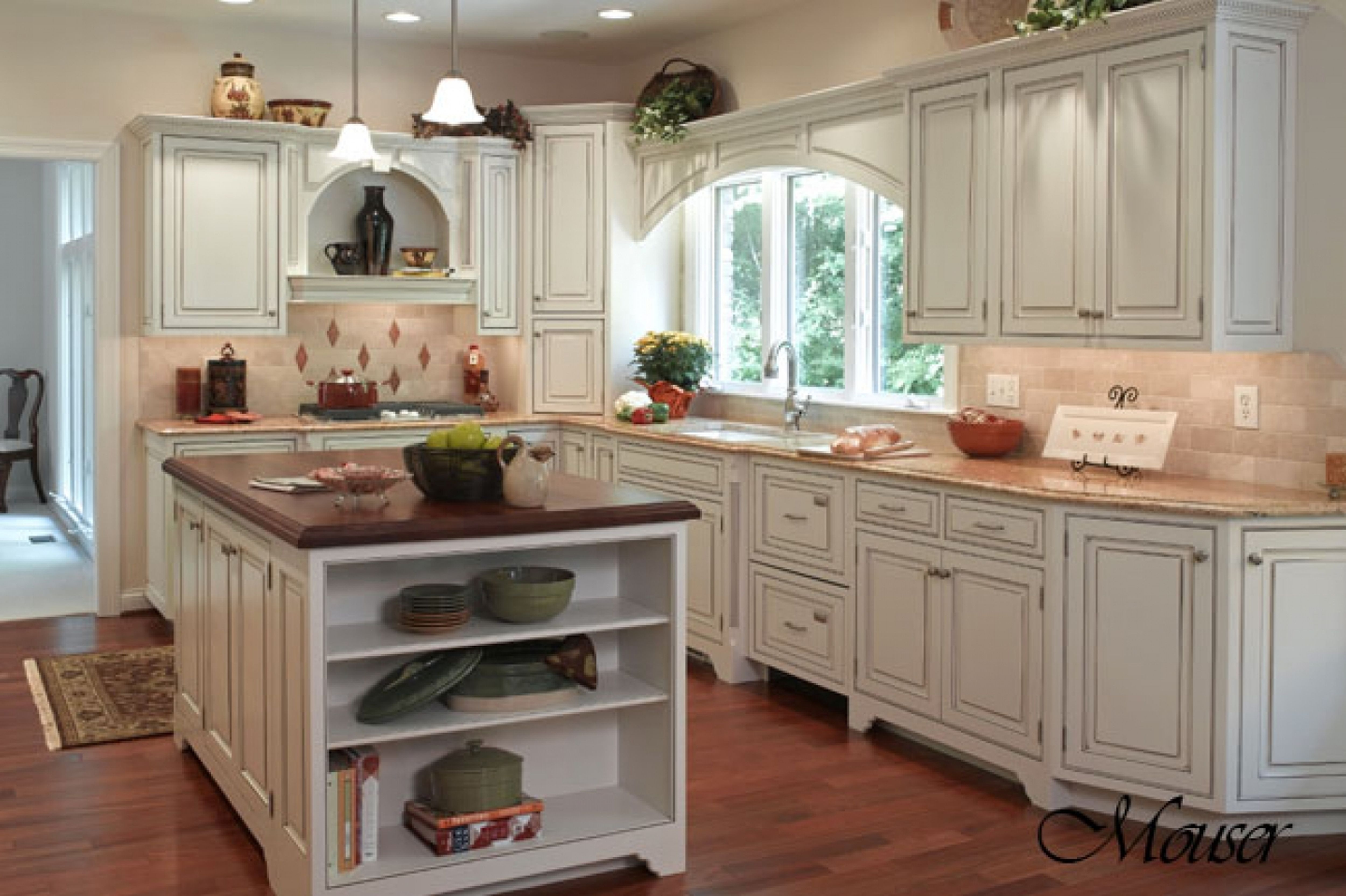 Country Style Kitchen Cabinet White