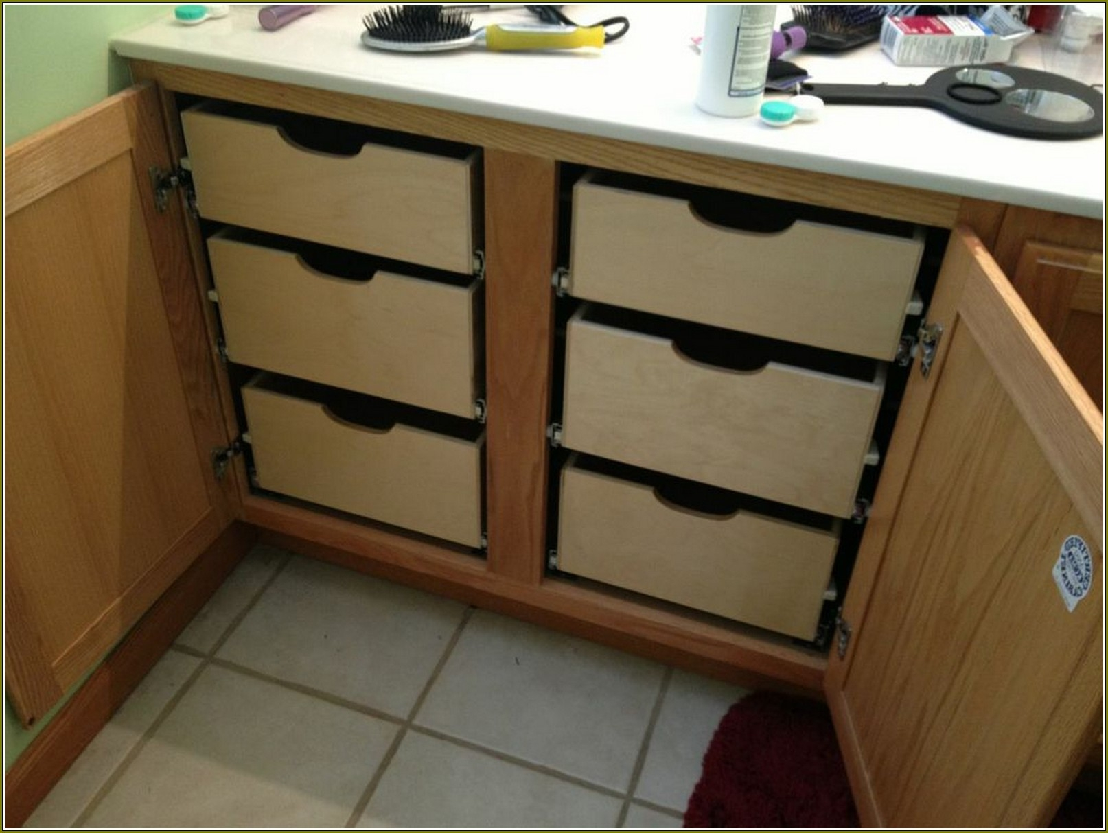 Custom Kitchen Cabinet Pull Outs