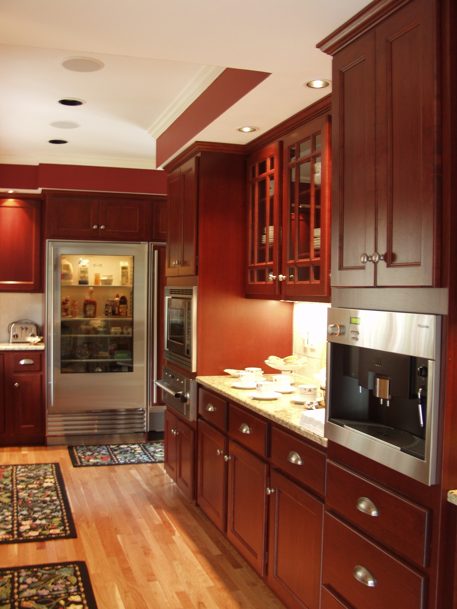 Custom Wood Products Kitchen Cabinets