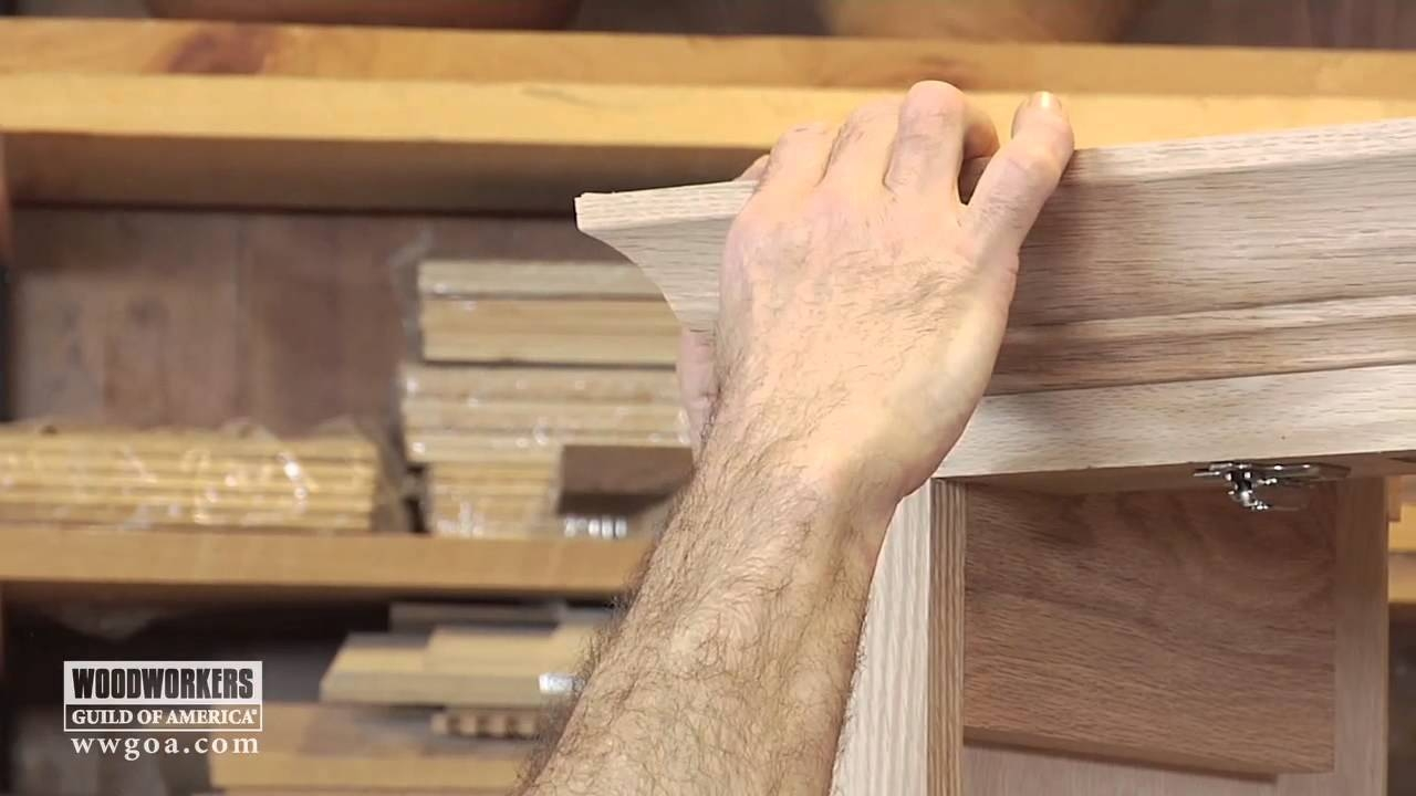 Cutting Crown Molding For Kitchen Cabinets
