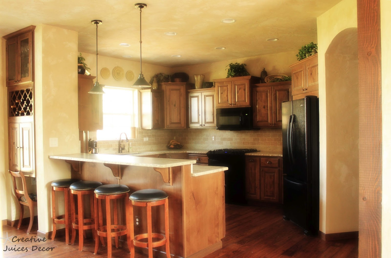 Design Ideas For Top Of Kitchen Cabinets