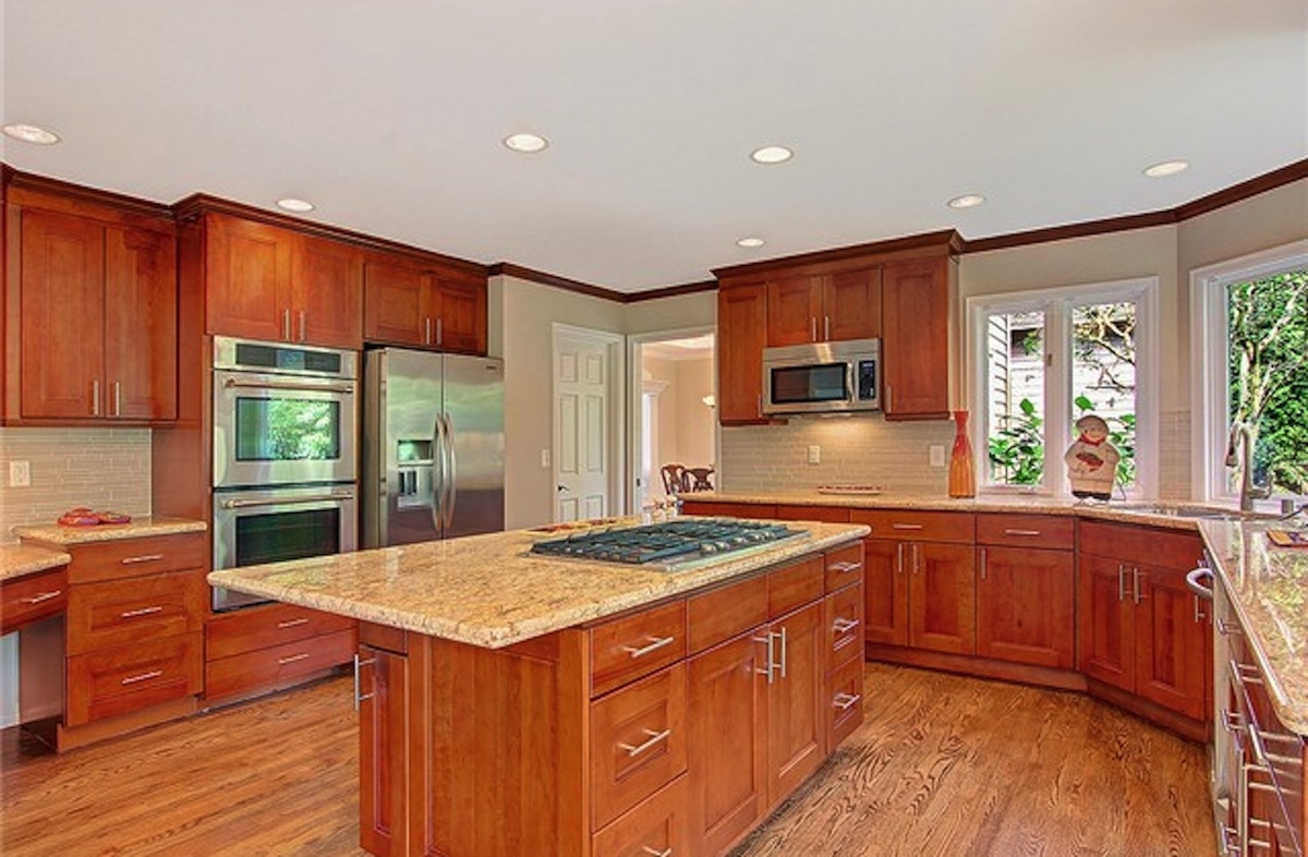 Double Shaker Kitchen Cabinets