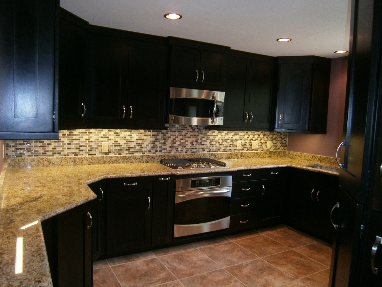 Espresso Kitchen Cabinets With Granite
