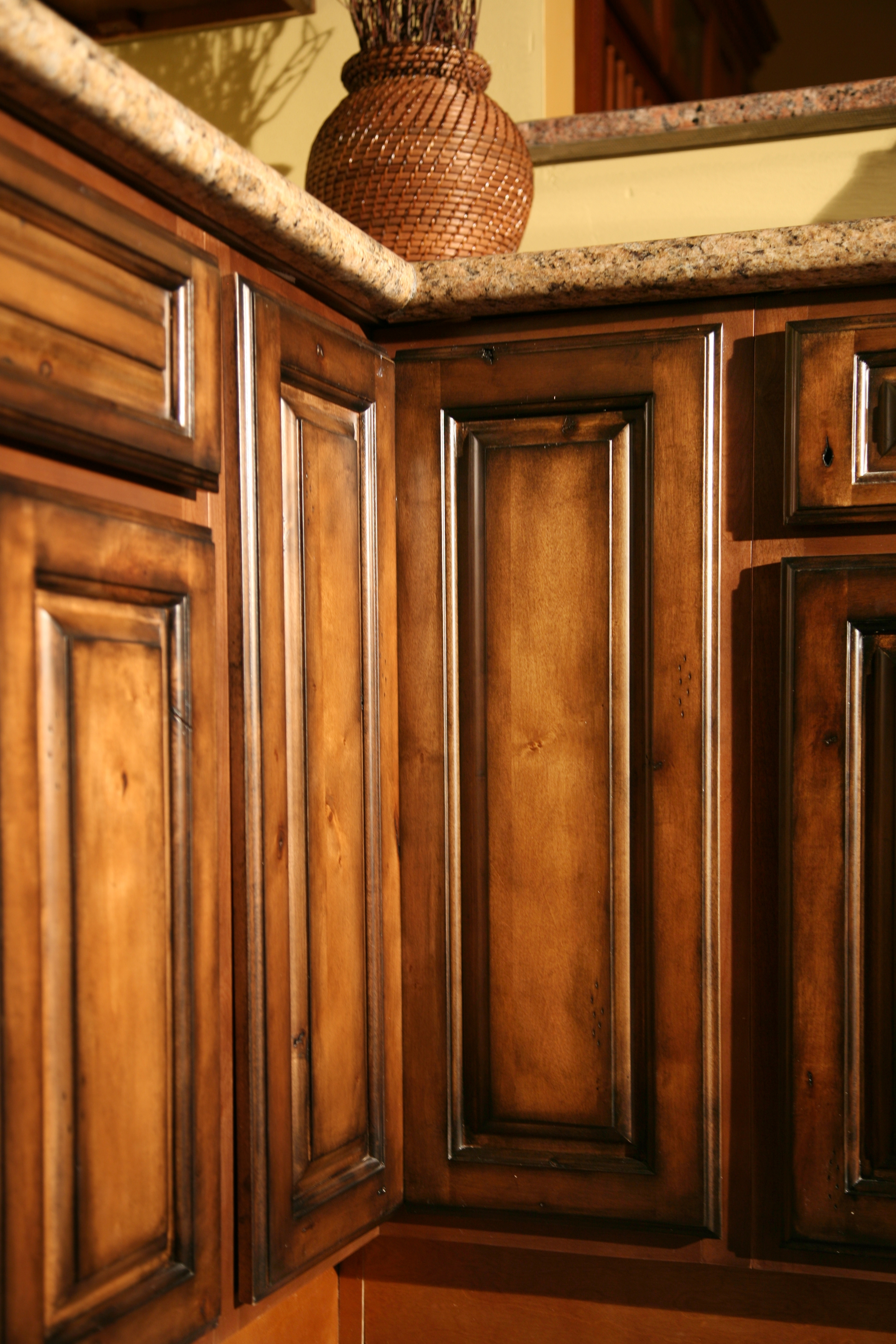 Glazed Finishes For Kitchen Cabinets