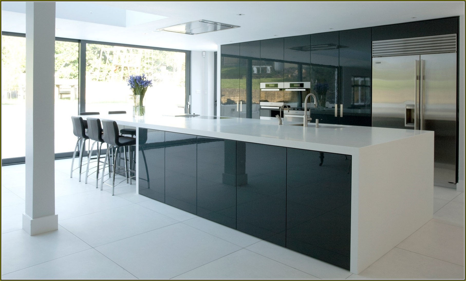 High Gloss Laminate For Kitchen Cabinets