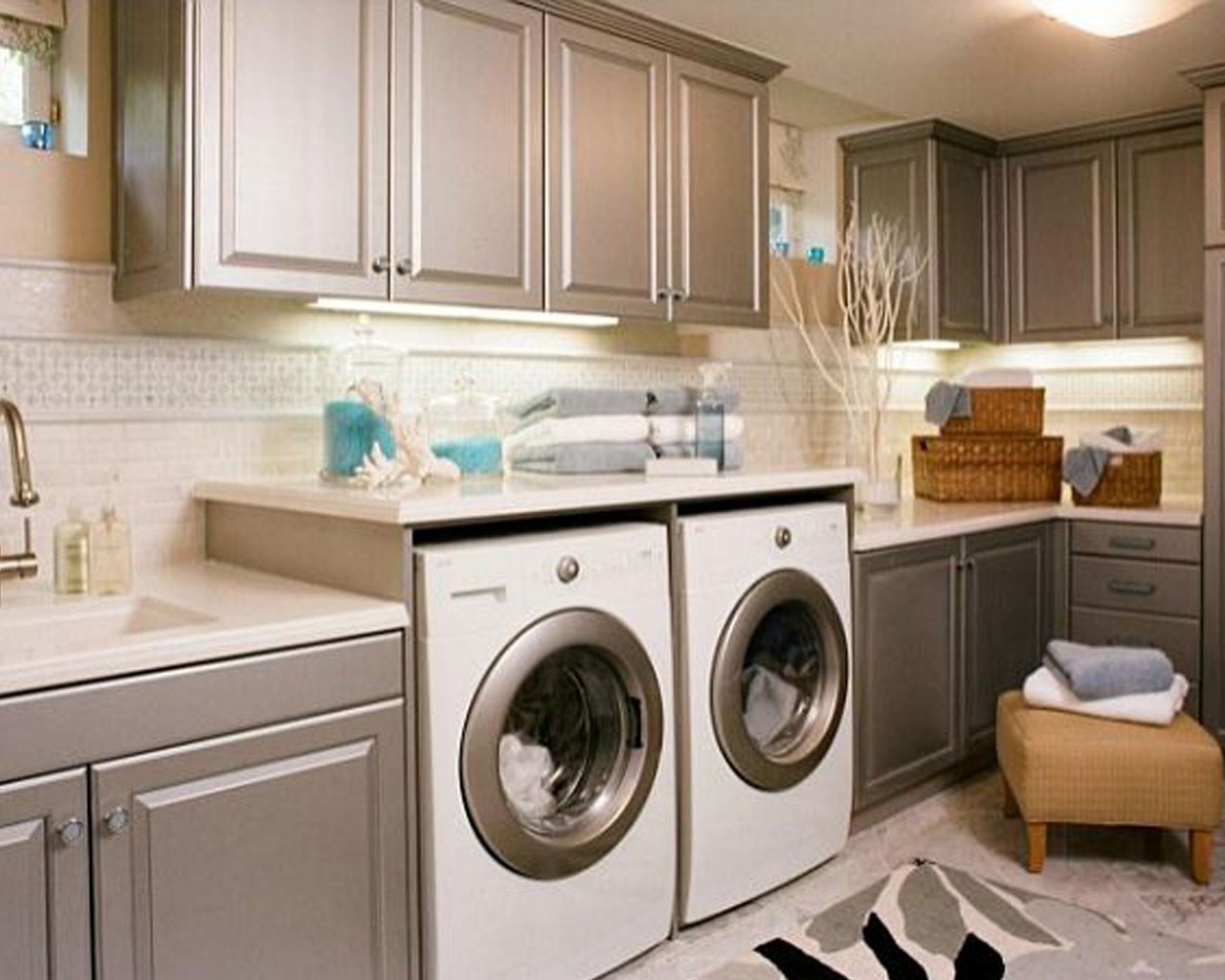 Kitchen Cabinet Design With Washing Machine