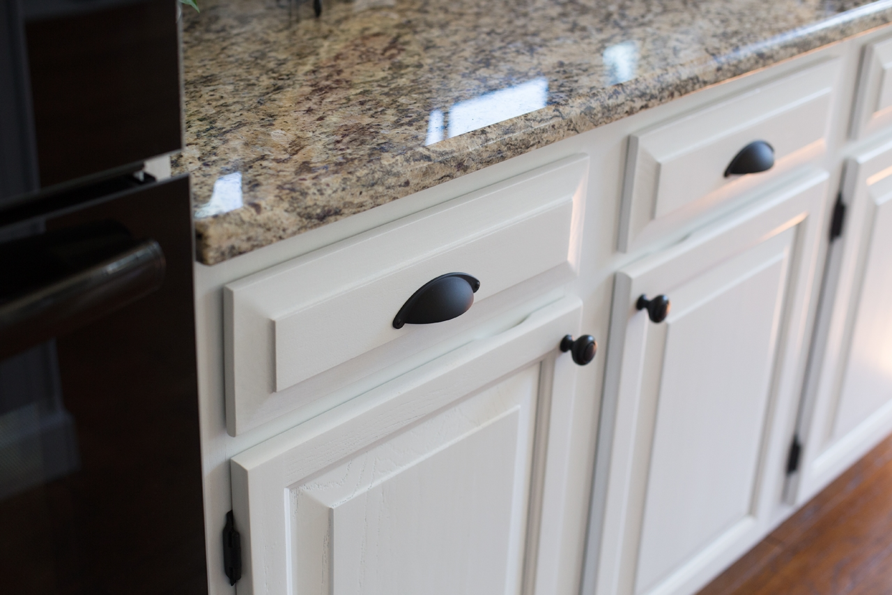 Kitchen Cabinet Hardware Black Pulls
