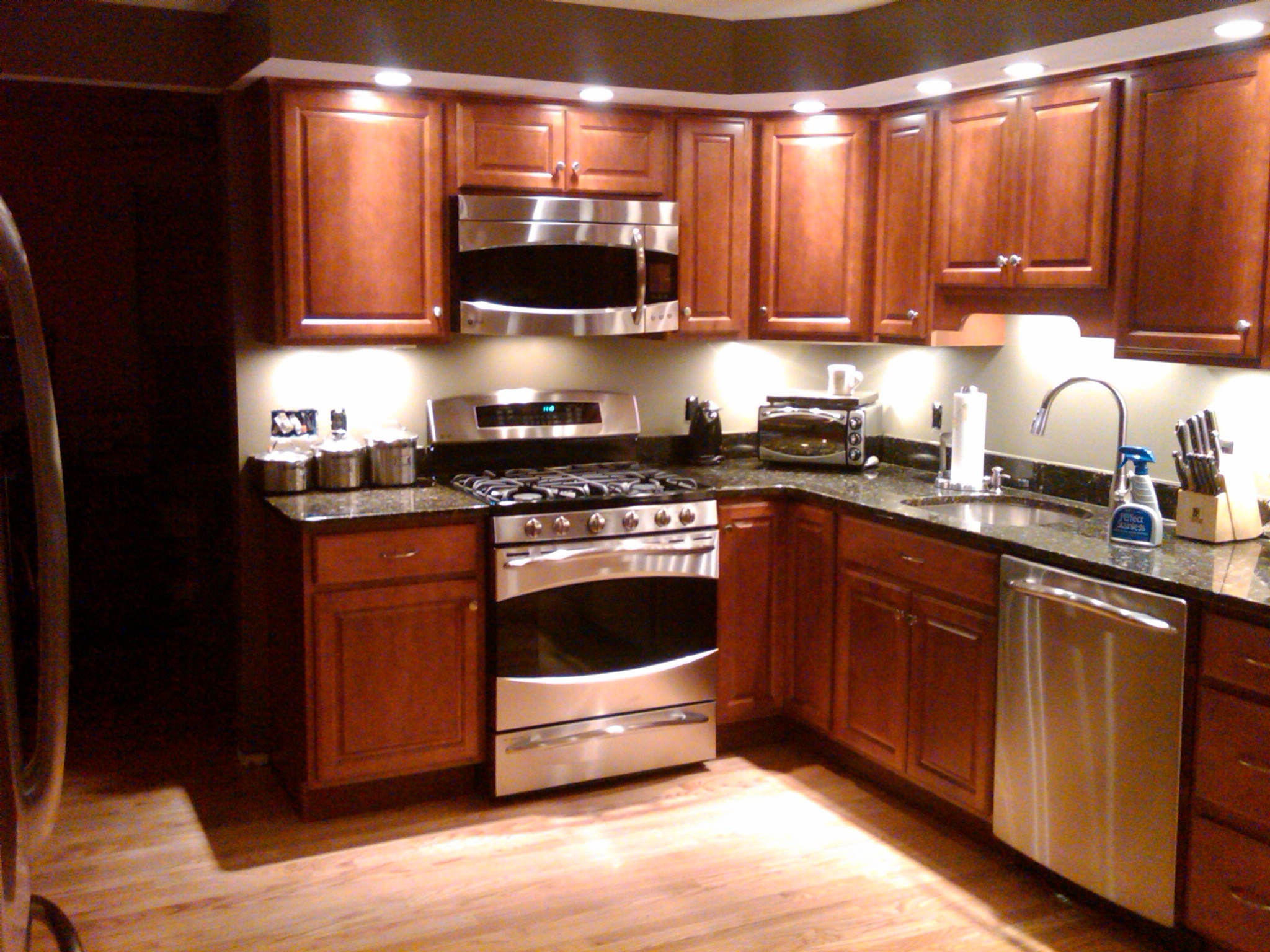 Kitchen Cabinets Recessed Lighting