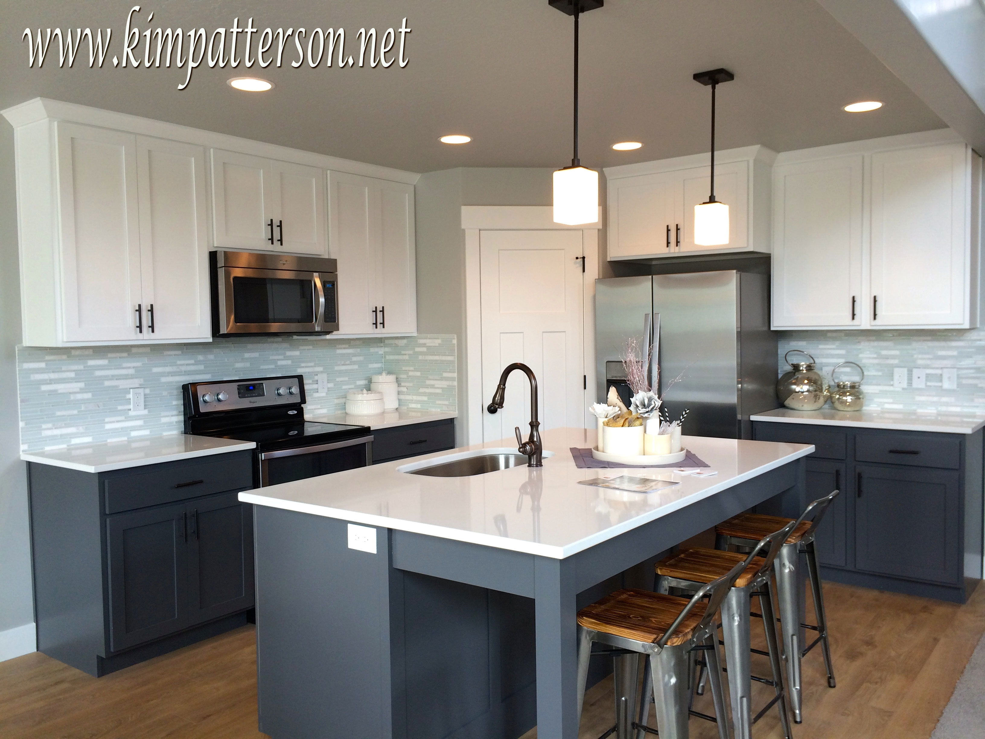 Kitchen Cabinets Upper And Lower Different Colors