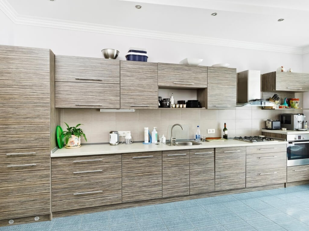 Kitchen Cabinets With Horizontal Pulls