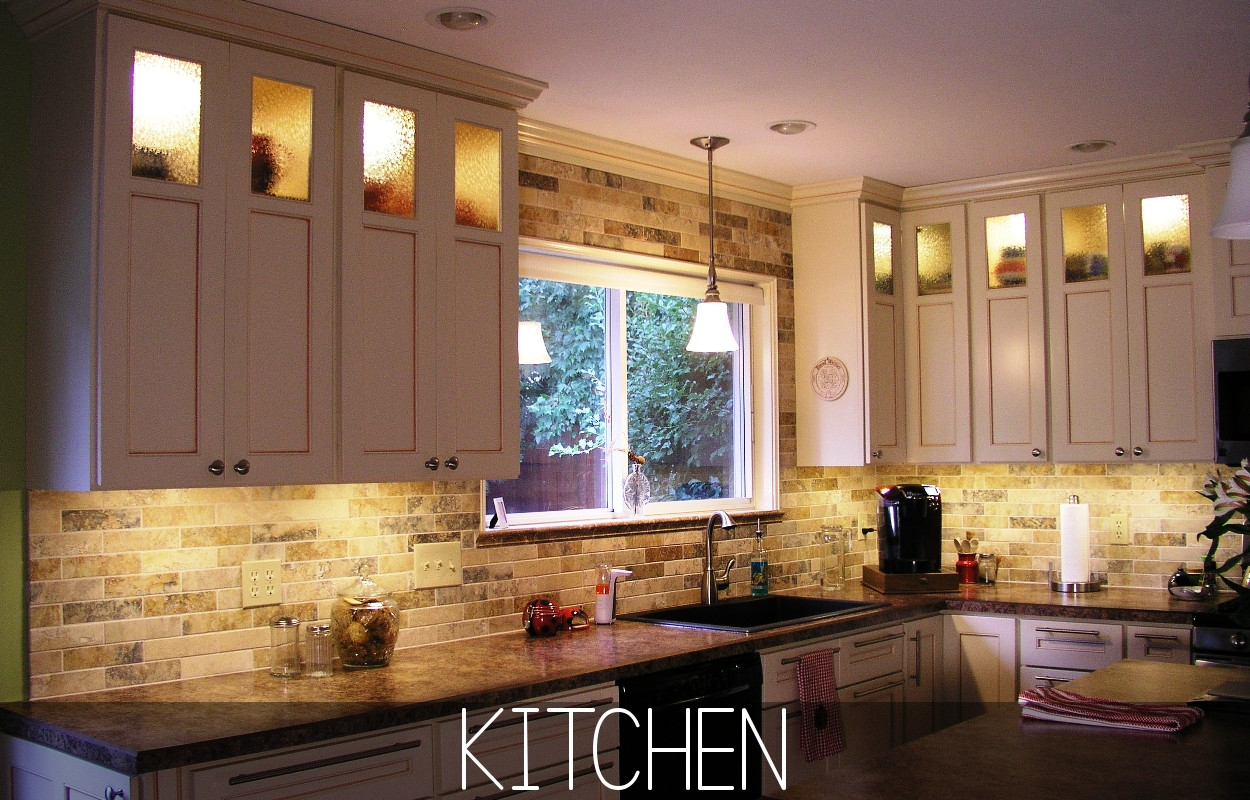 Kitchen Cabinets With Lights Inside