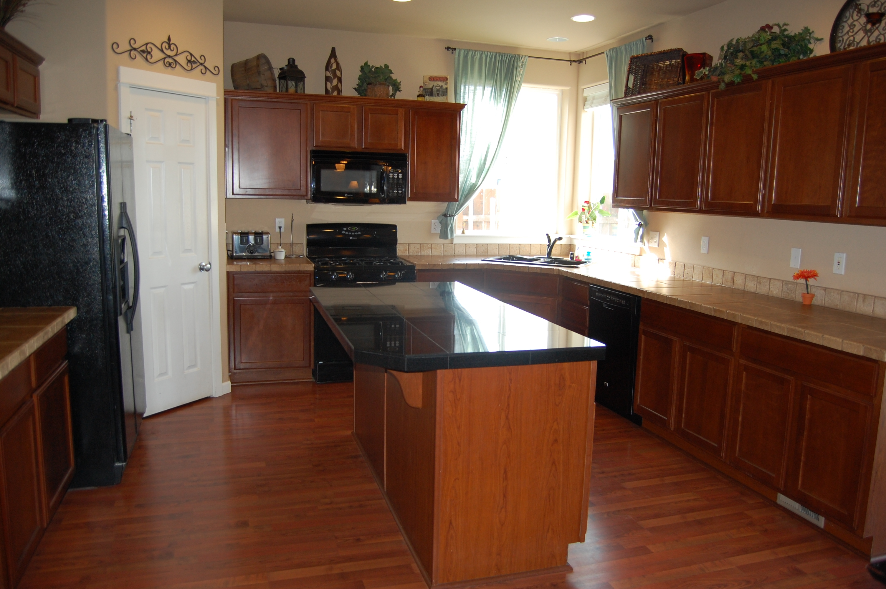 Kitchen Island Cabinets With Sink