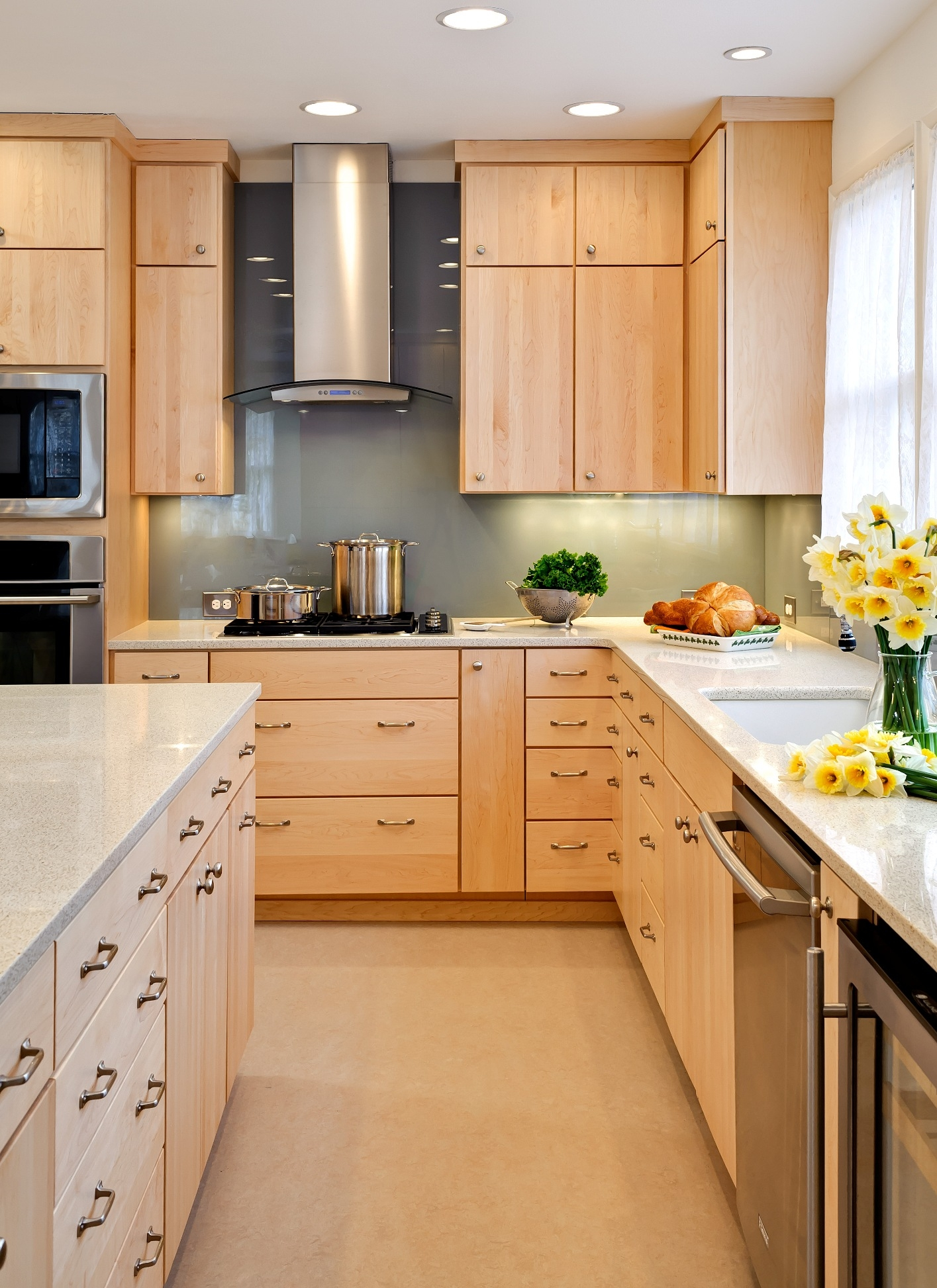 Light Stained Maple Kitchen Cabinets