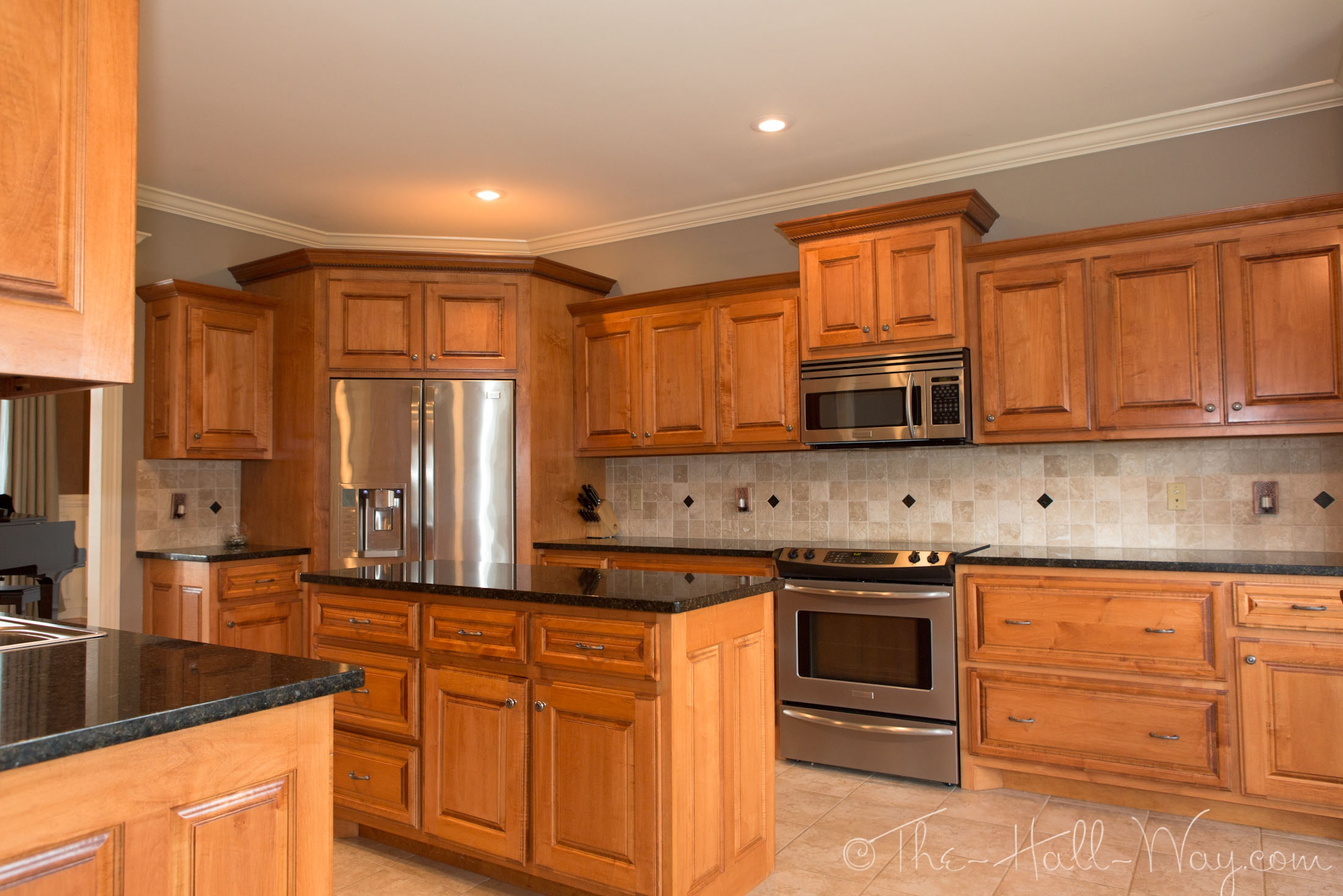 Maple Cabinets Kitchen Colors