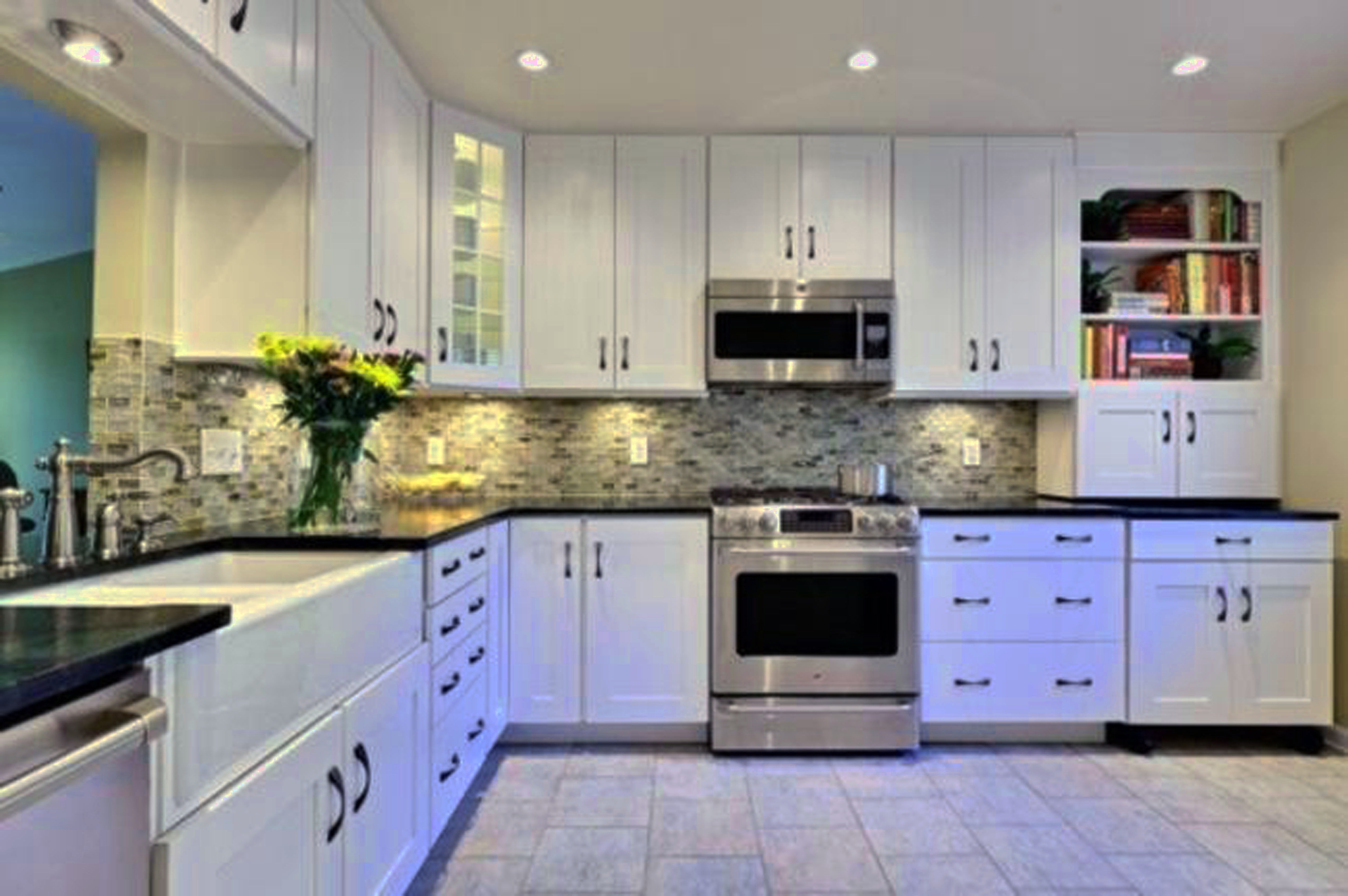 Modern Kitchen Cabinet Colors Pictures