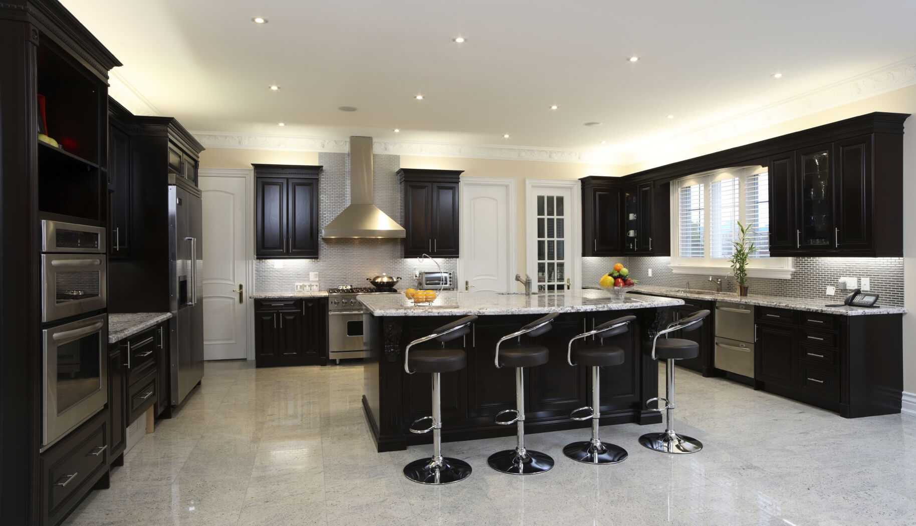 Modern Kitchen Colors With Dark Cabinets