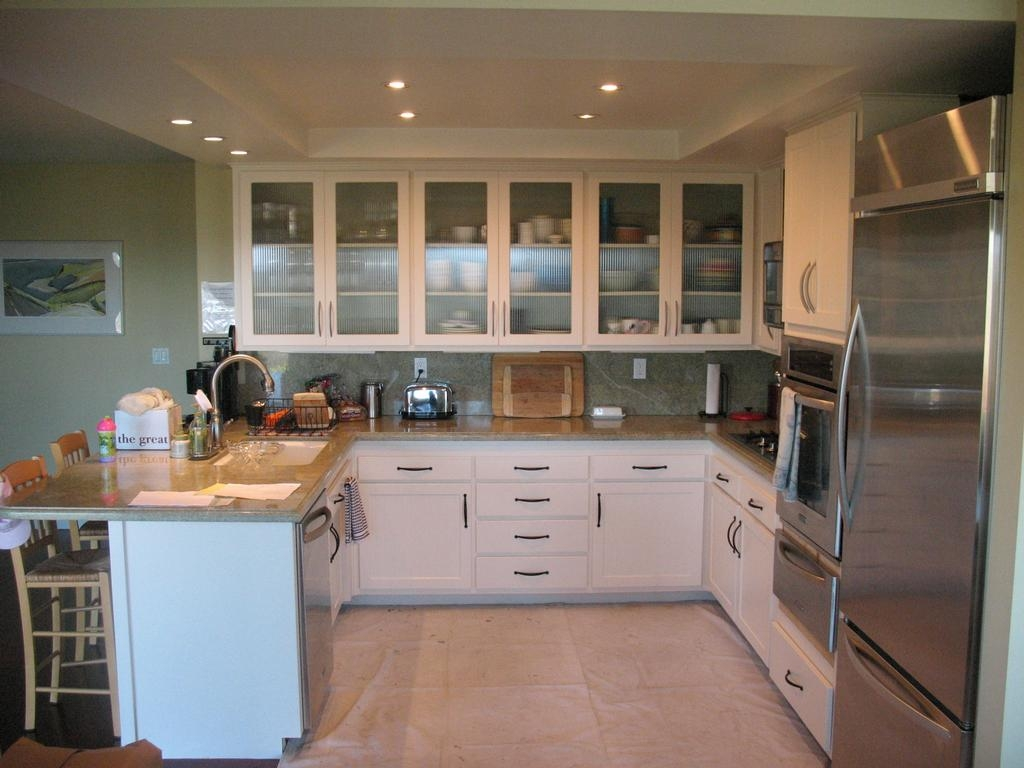Modern Upper Kitchen Cabinets With Glass Doors