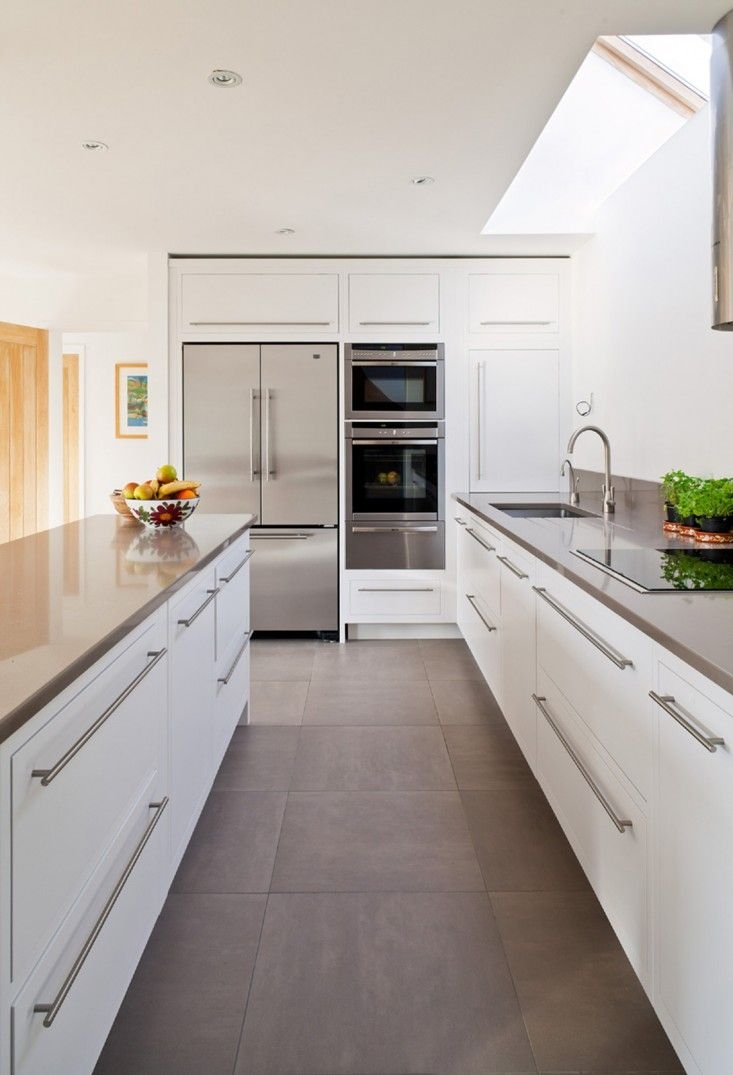 Modern White Kitchen Cabinet Hardware