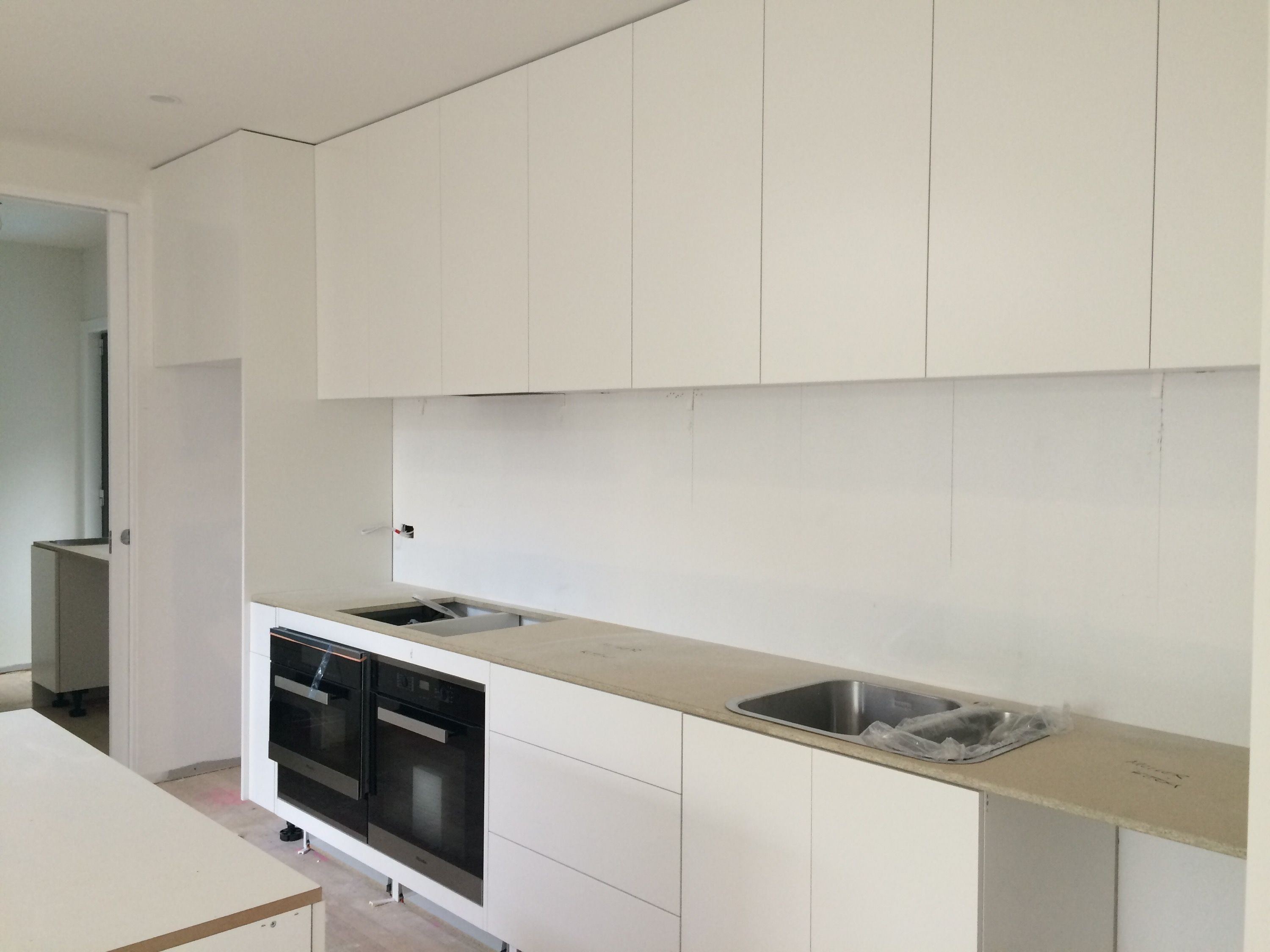 Old Kitchen Cabinets Without Handles