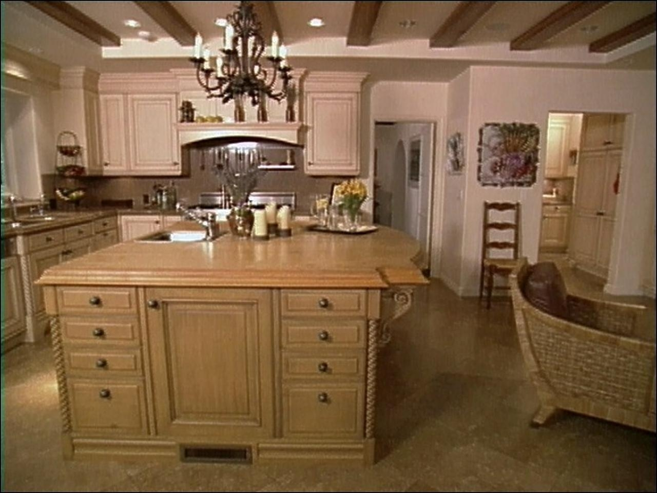 Old World Look Kitchen Cabinets