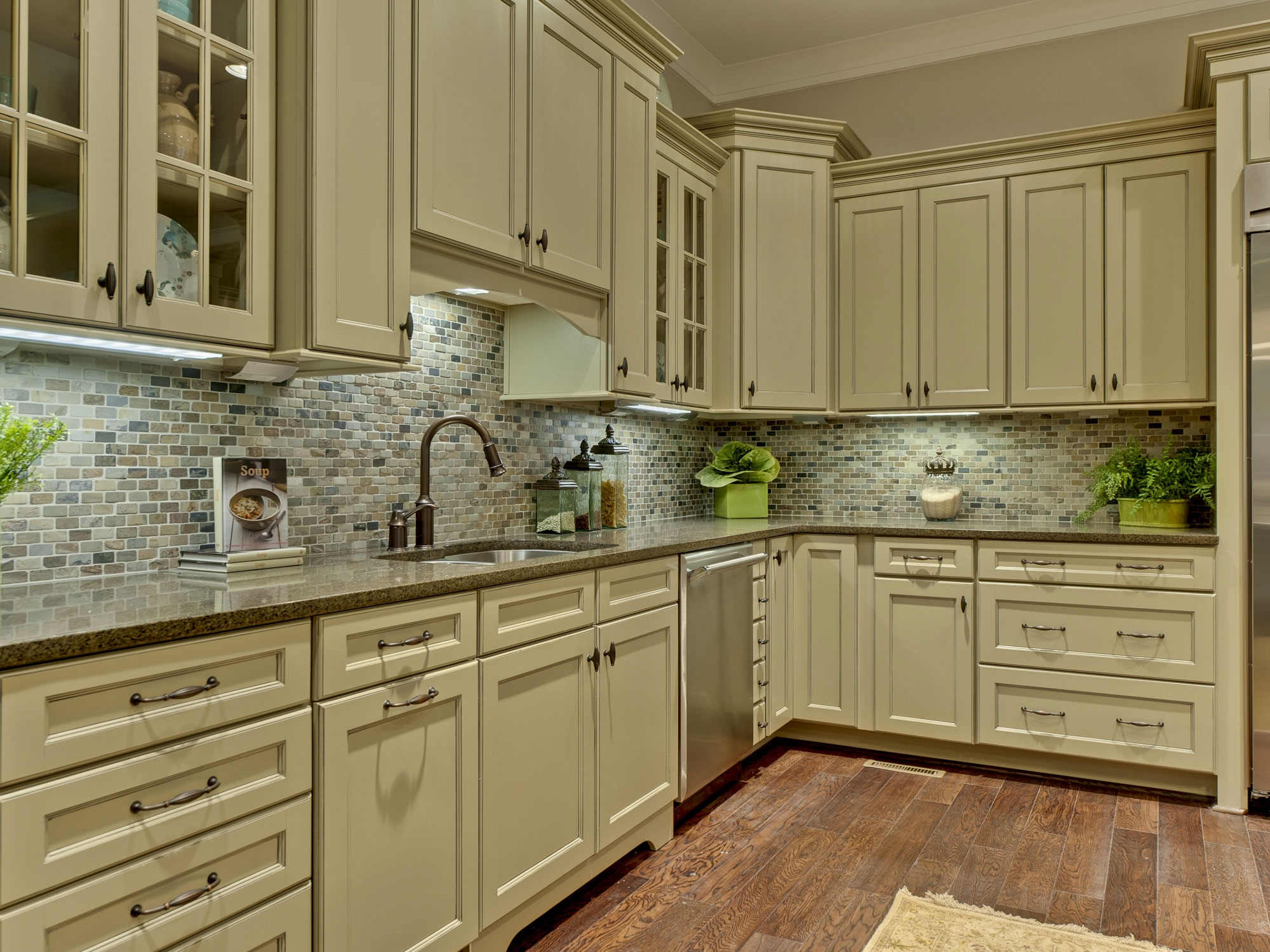 Pictures Of Olive Green Kitchen Cabinets
