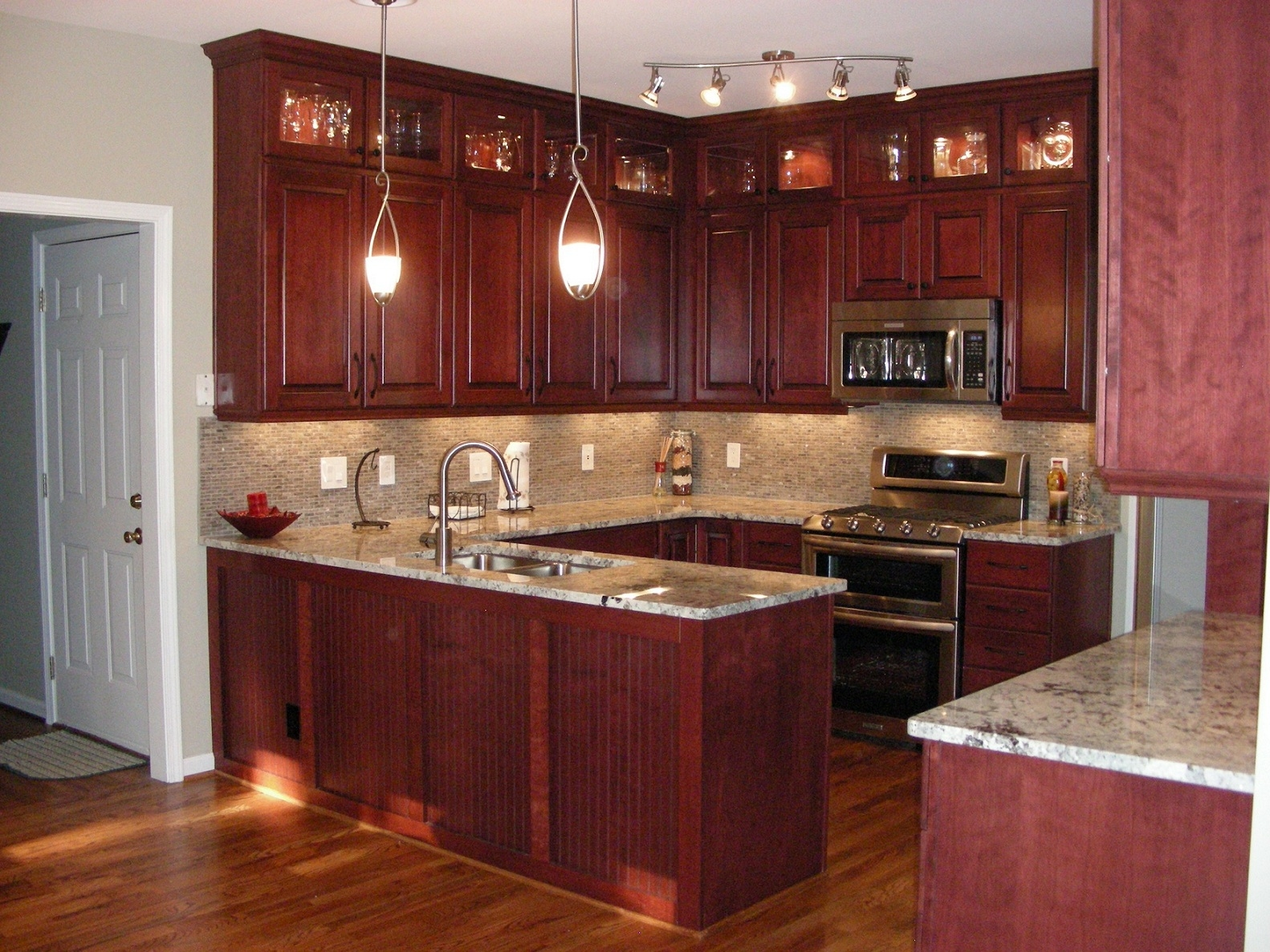 Red Wood Kitchen Cabinets1582 X 1187