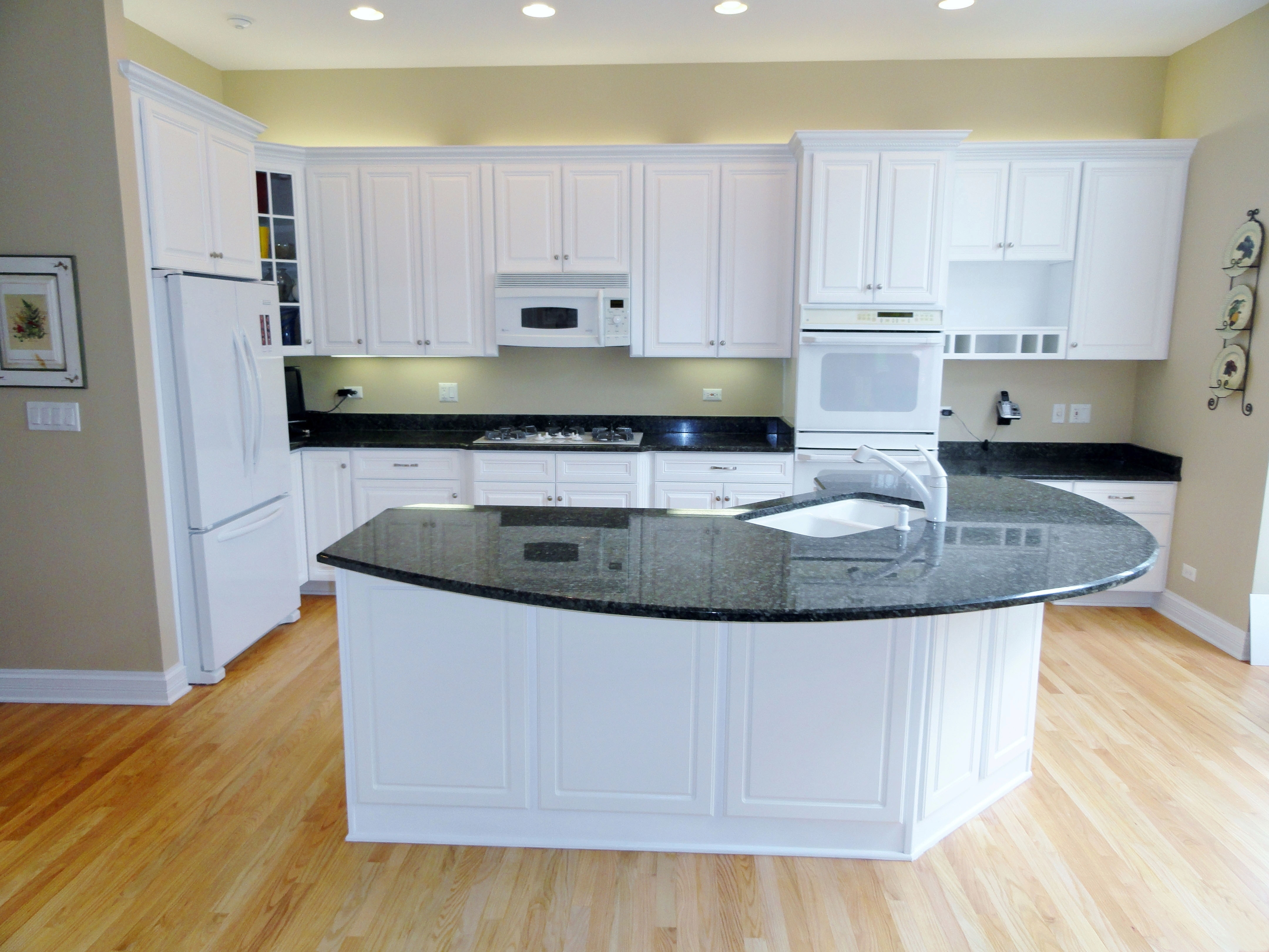 Refacing White Laminate Kitchen Cabinets