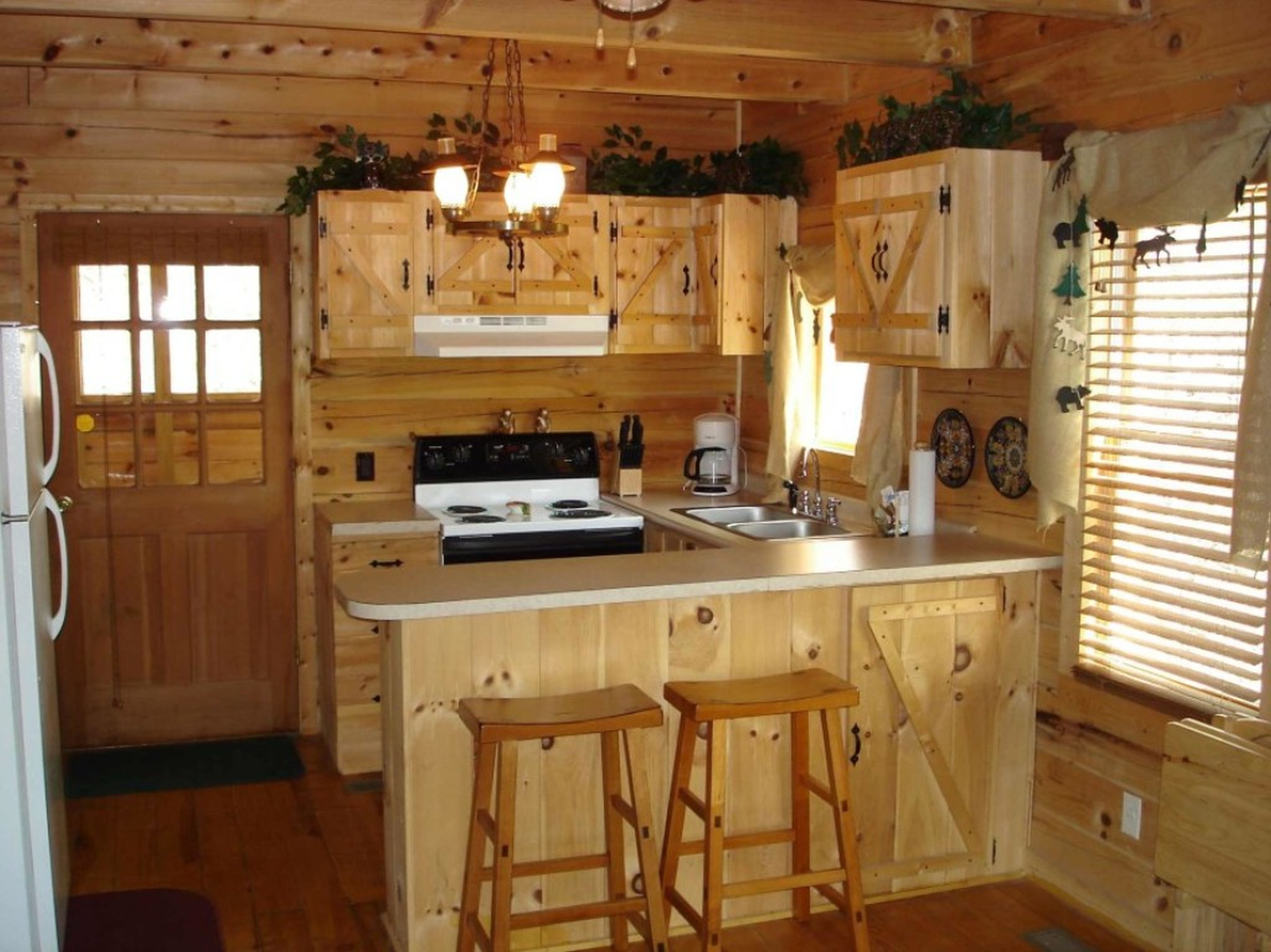 Rustic Cabin Style Kitchen Cabinets