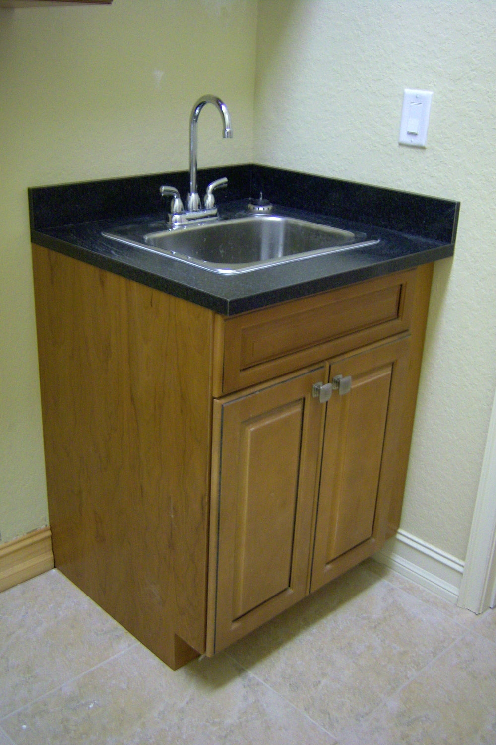 Small Kitchen Cabinet With Sink