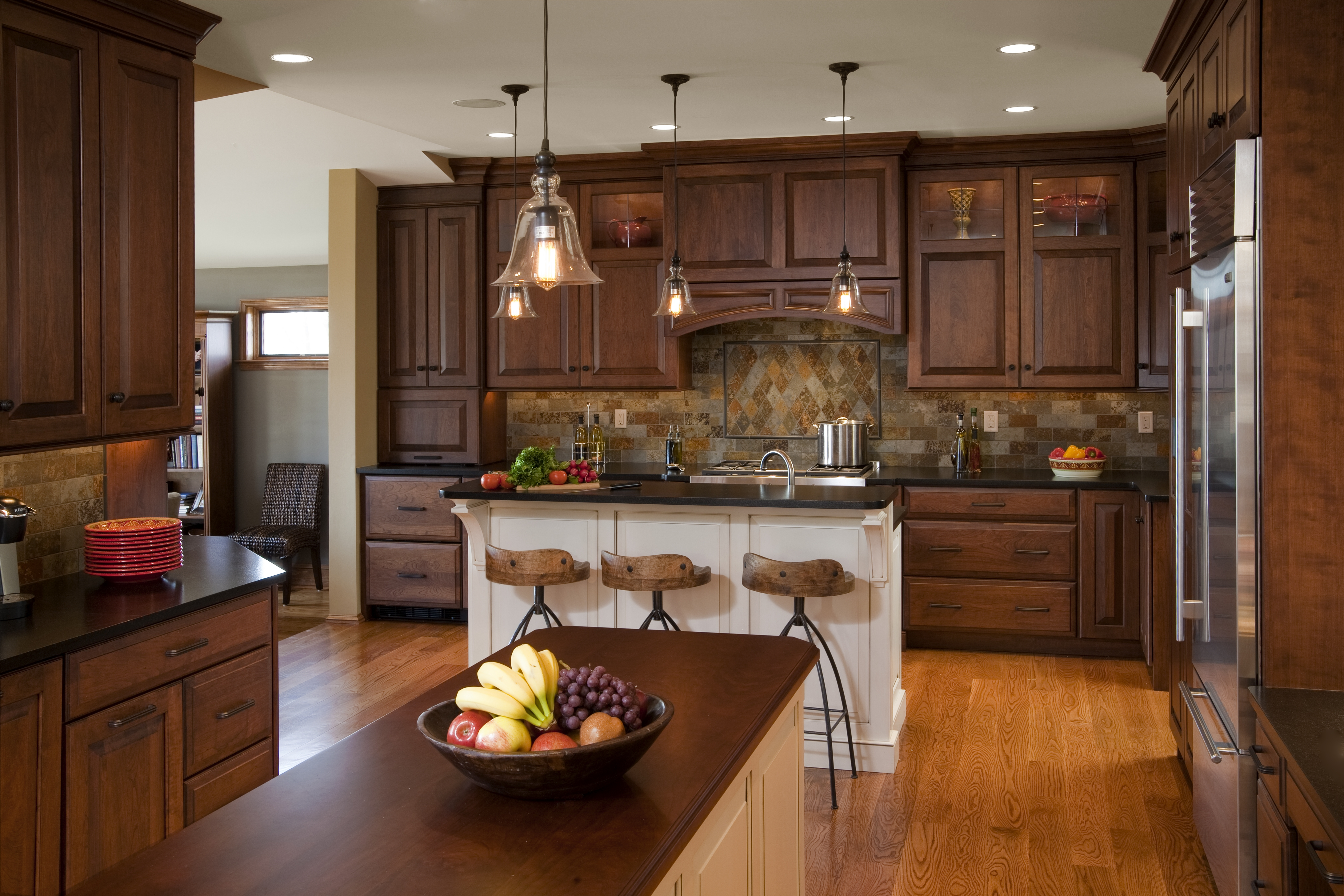 Traditional Kitchen Cabinets Pictures