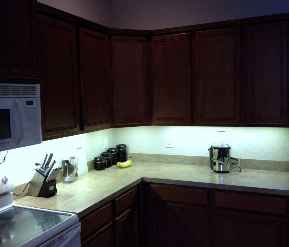 Under Cabinet Strip Lighting Kitchen