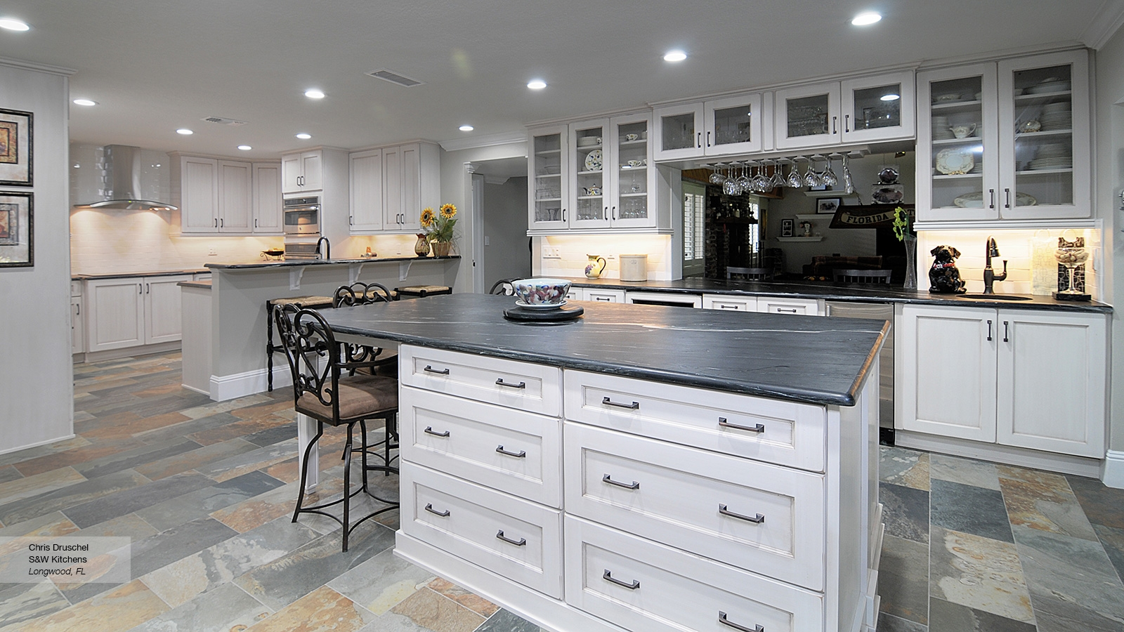 White Kitchen Cabinets Styles