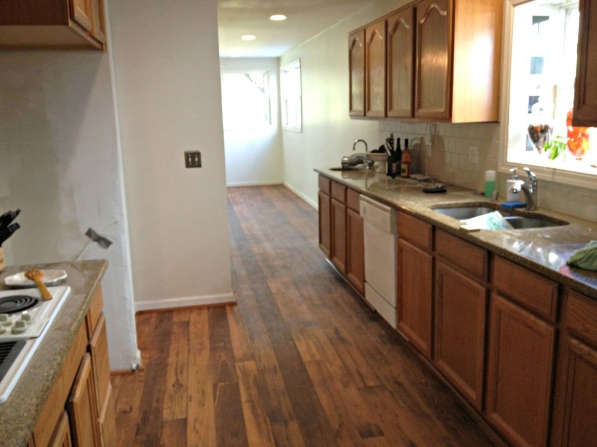 Wood Kitchen Floors With Oak Cabinets