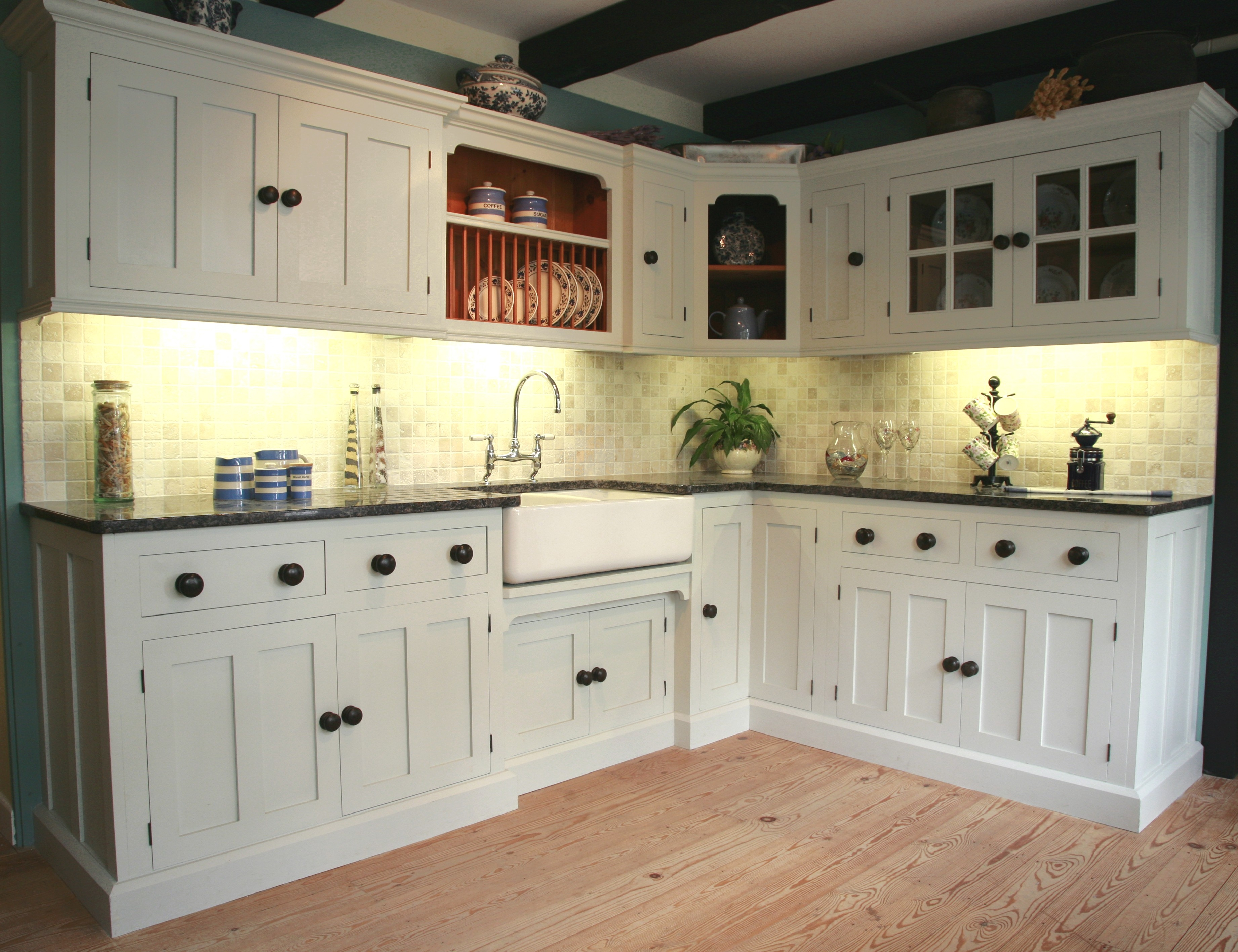 Cabinet Hardware For Country Kitchen