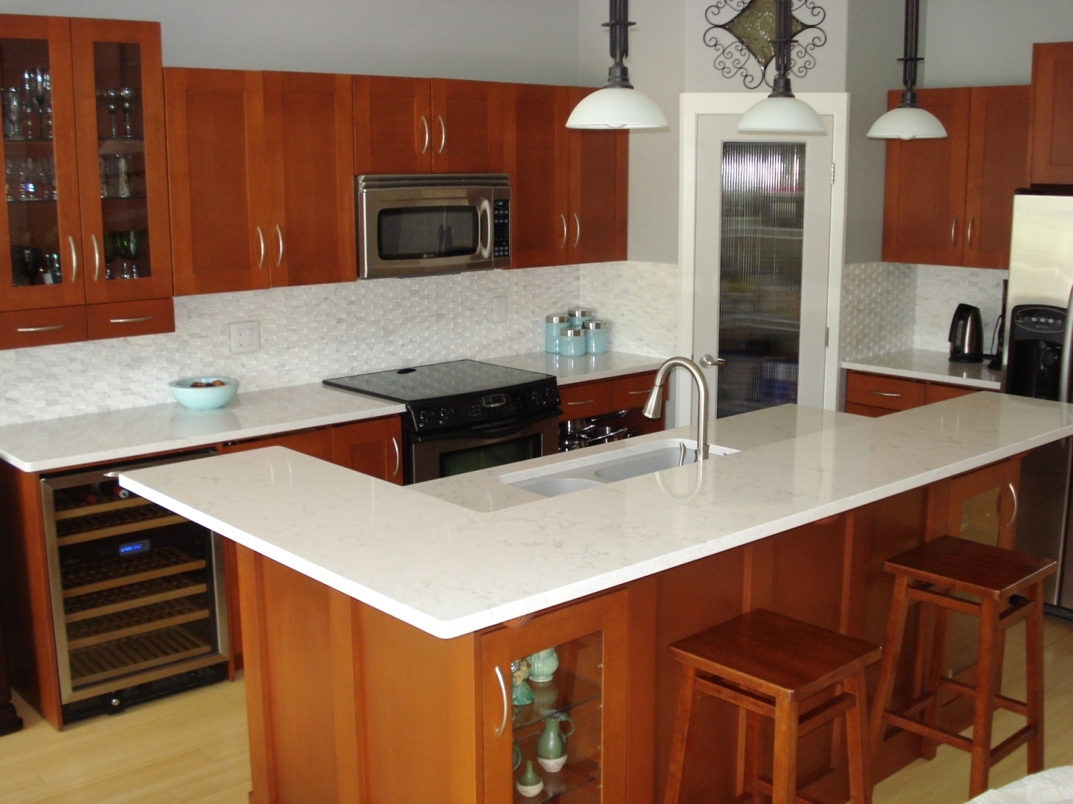 Cherry Kitchen Cabinets With Quartz Countertops