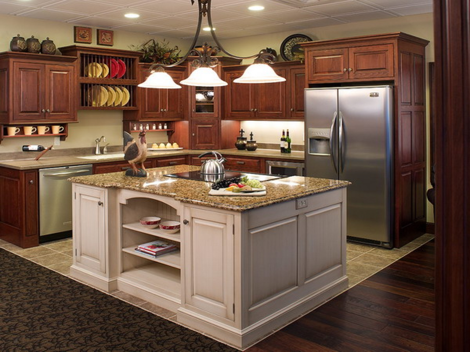 Cool Kitchen Cabinet Features
