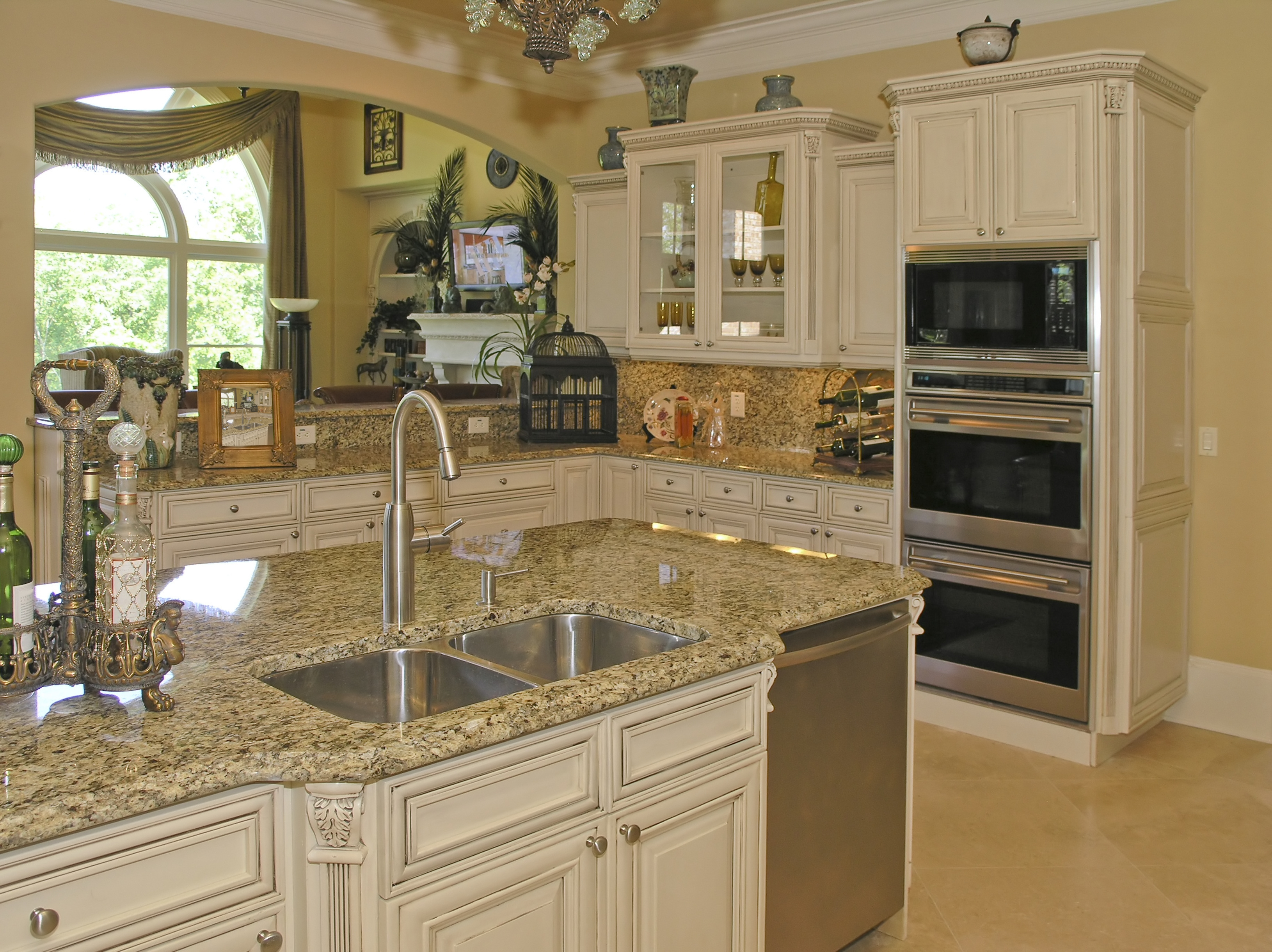 Custom Kitchen Cabinets Antique White
