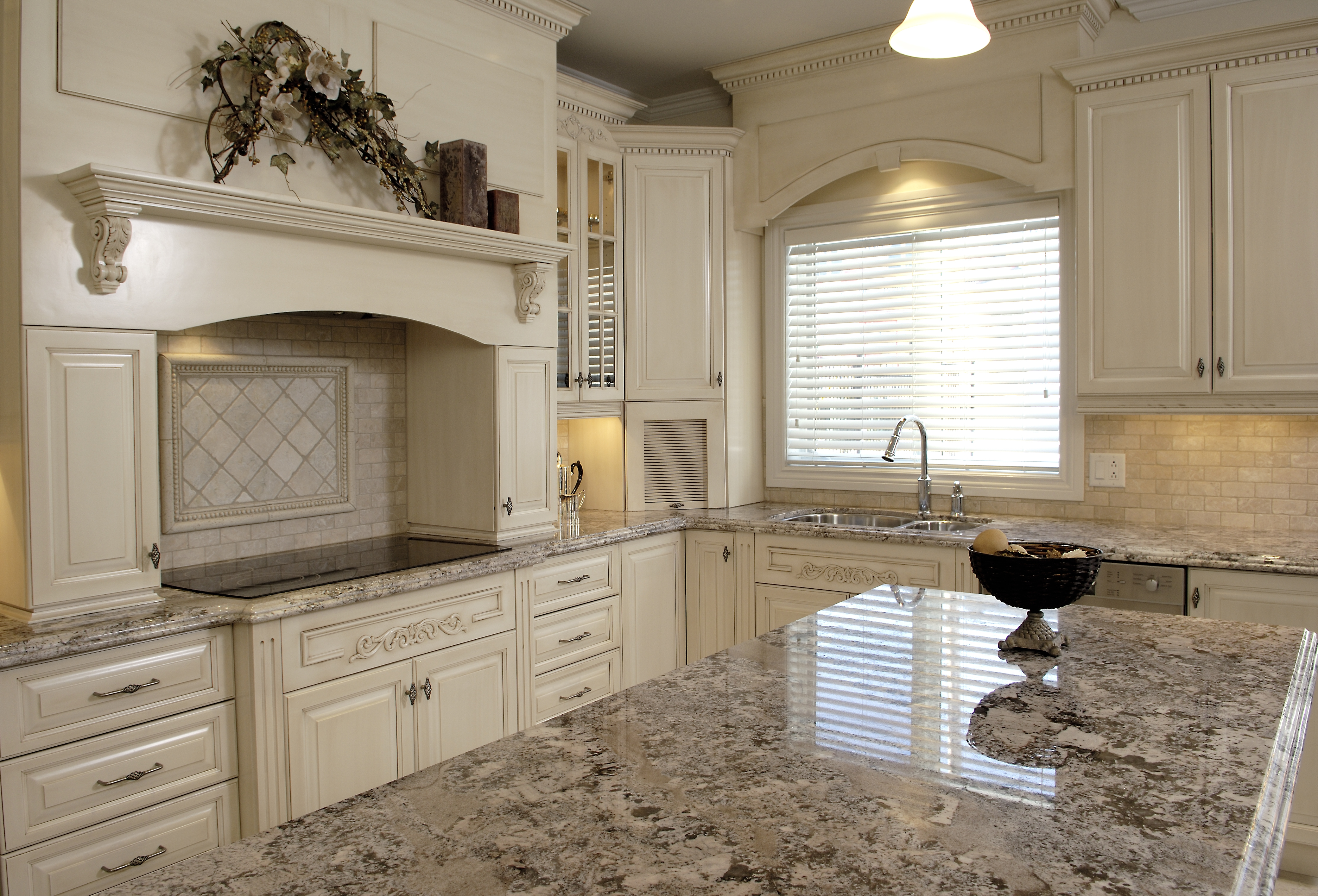 Custom Kitchen Cabinets Montreal