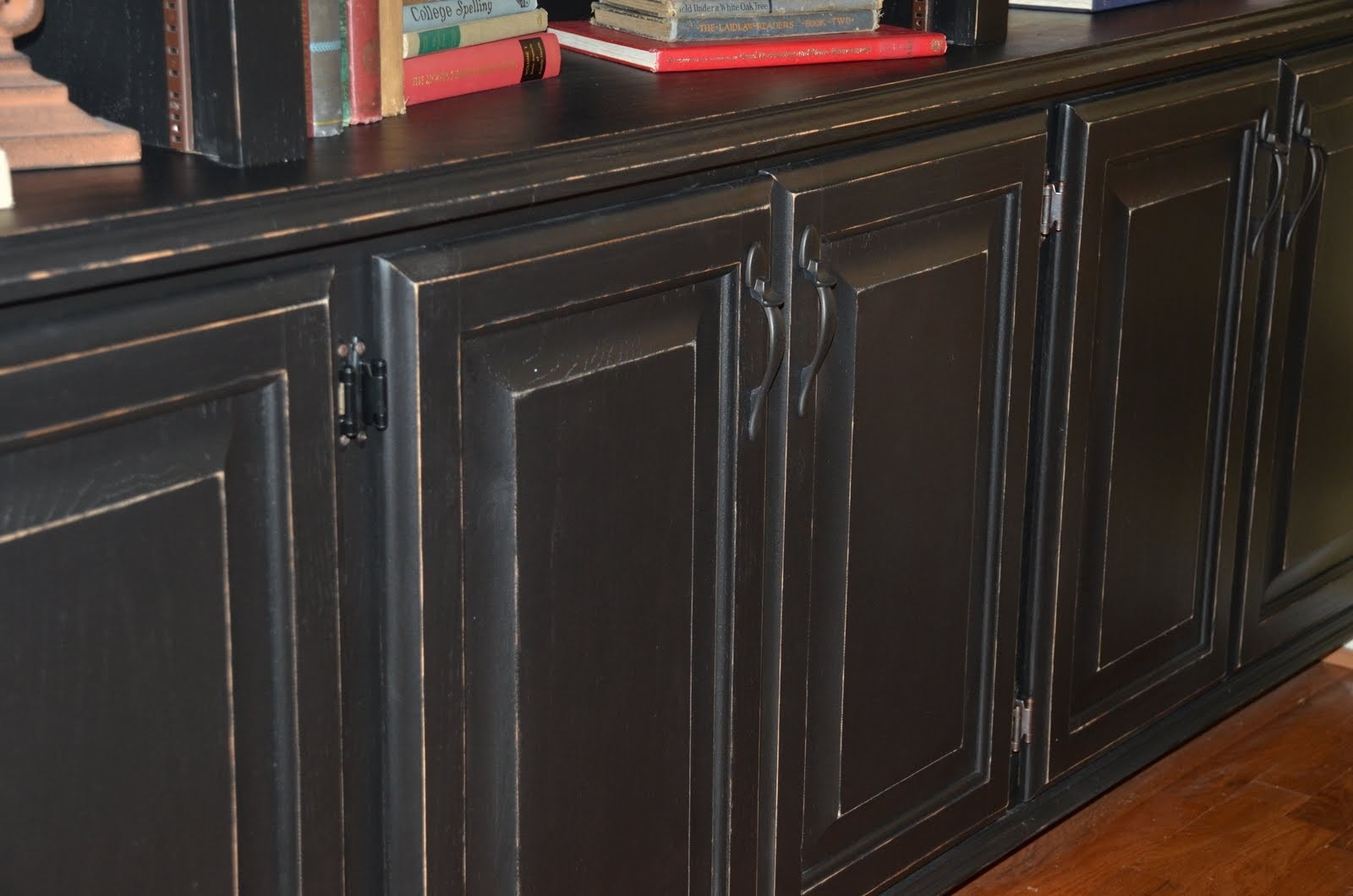 Glazing Kitchen Cabinets Black