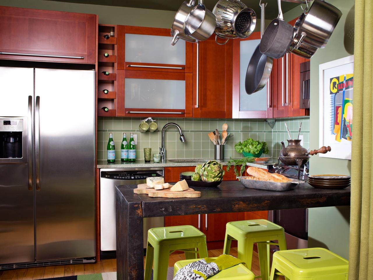 Kitchen Cabinet Designs For Small Space