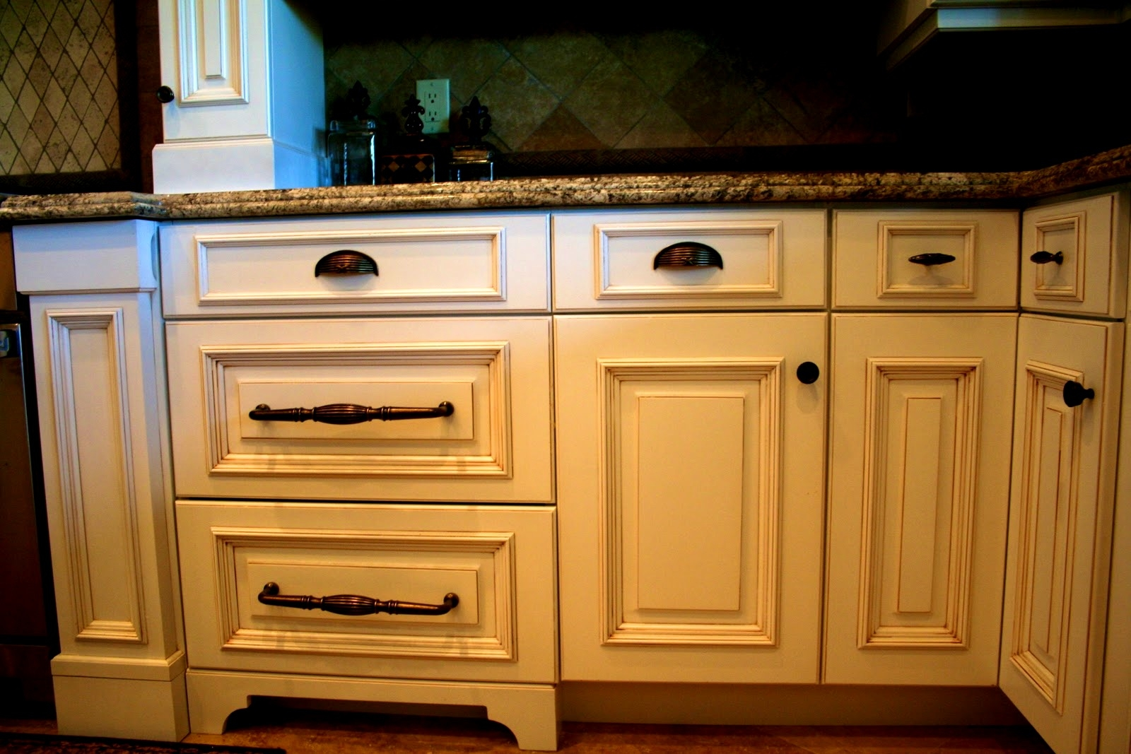 Kitchen Cabinet Hardware Pulls And Handles