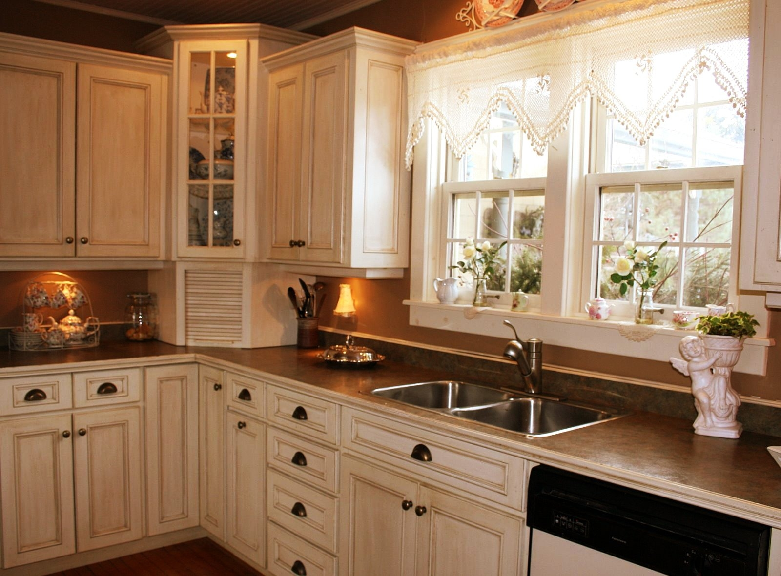 Kitchen Cabinet Ideas For Corners1600 X 1181