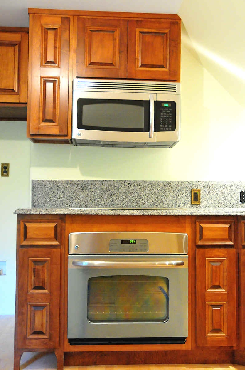 Kitchen Cabinet Oven Microwave