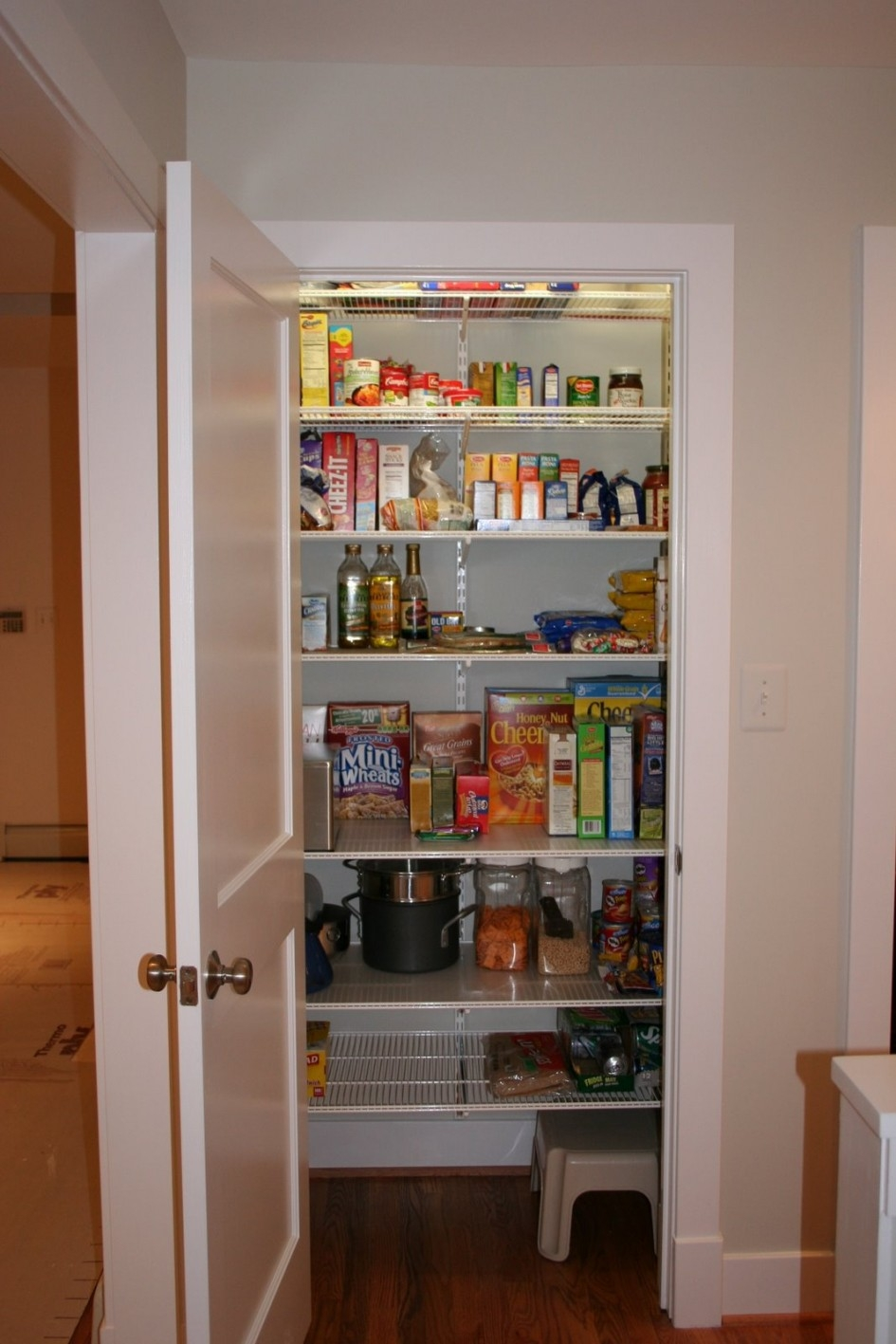 Kitchen Cabinet Pantry Systems