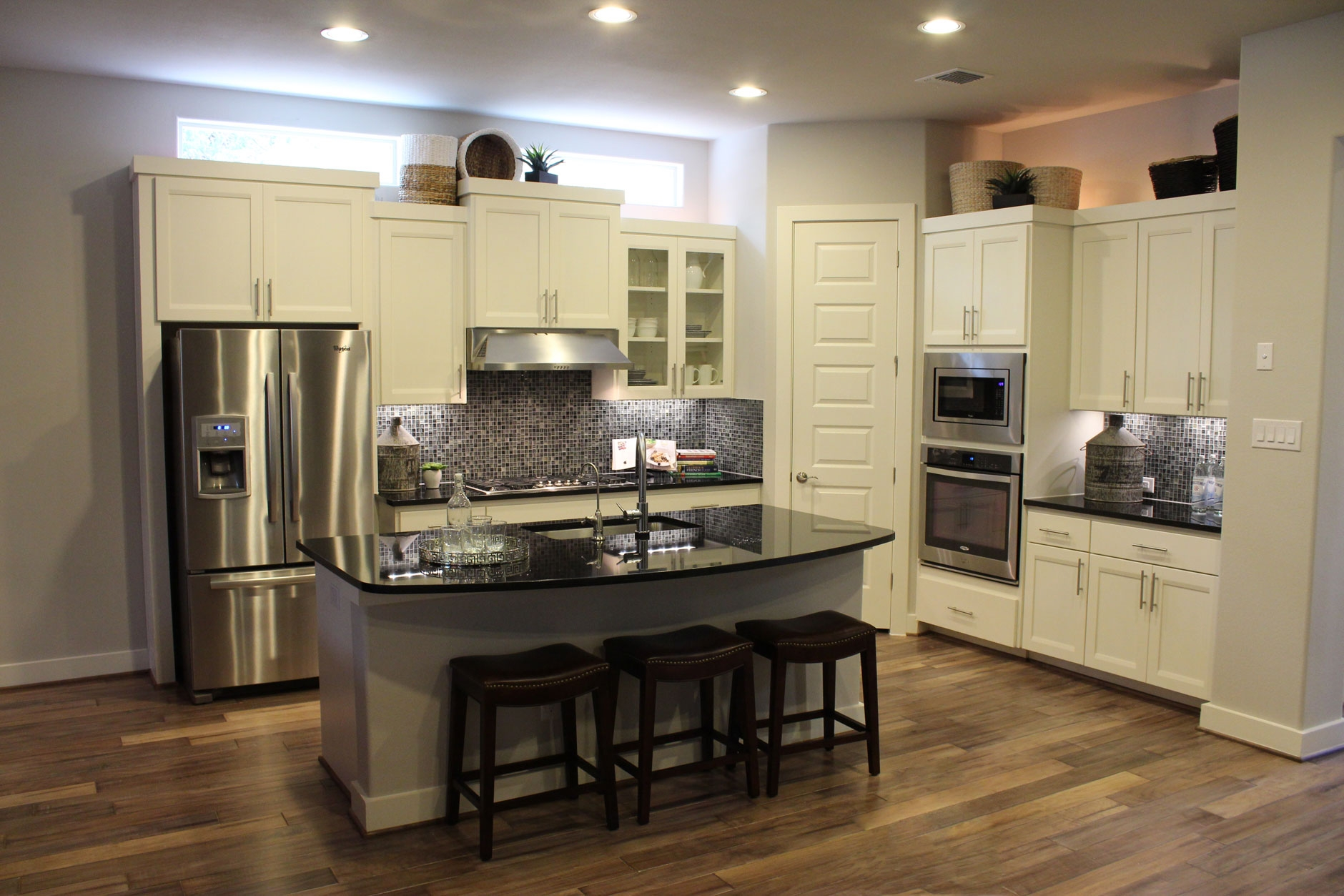 Kitchen Cabinets And Flooring Photos