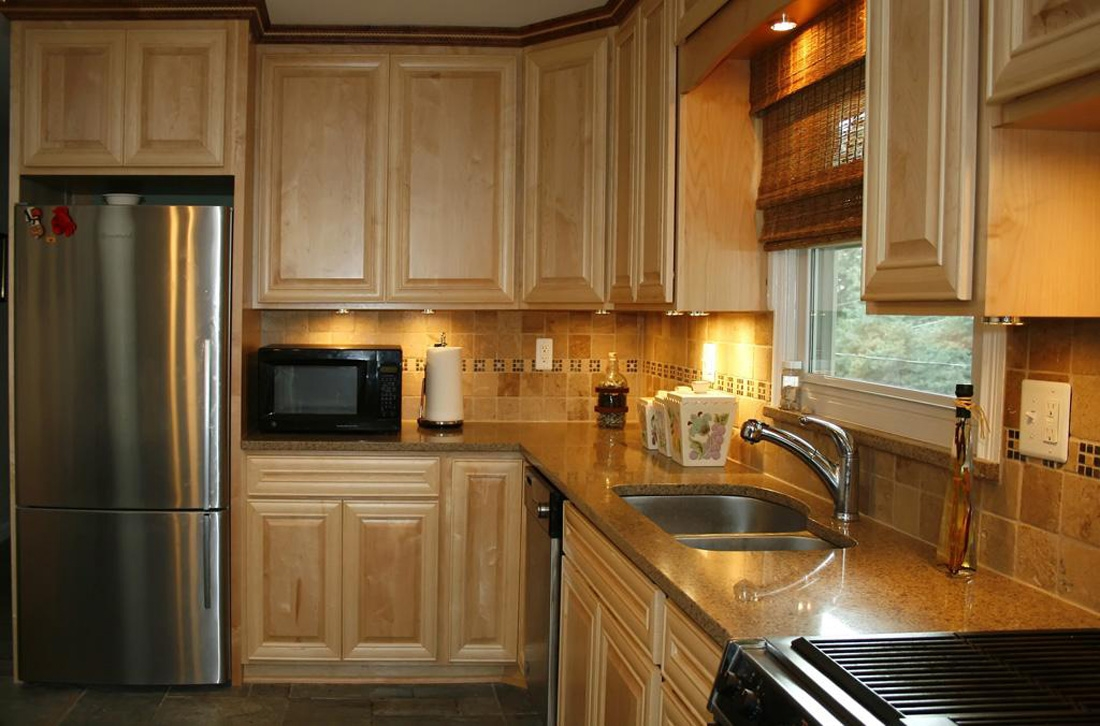 Kitchen Ideas With Light Cabinets
