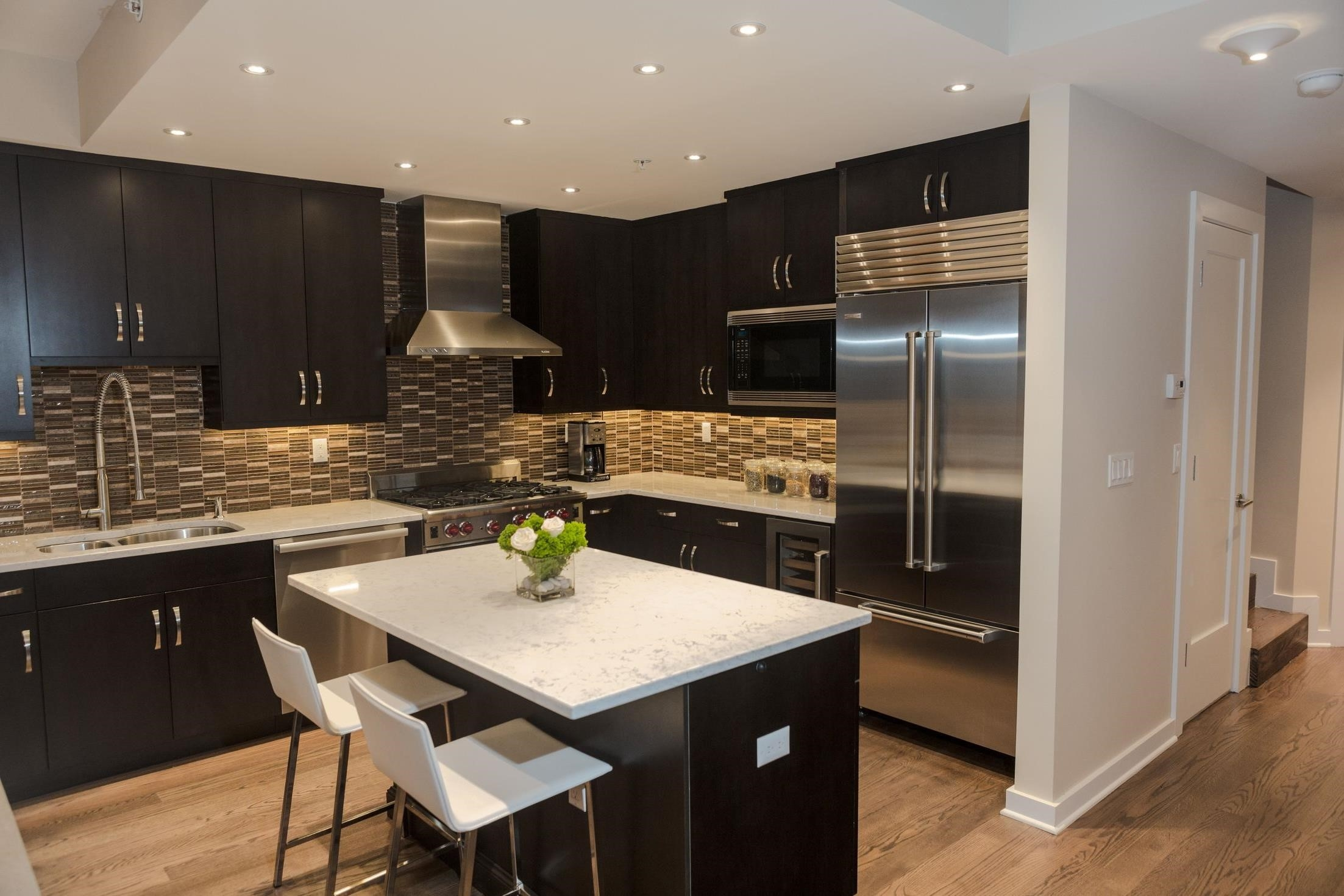 Light Kitchen Cabinets With Light Counters