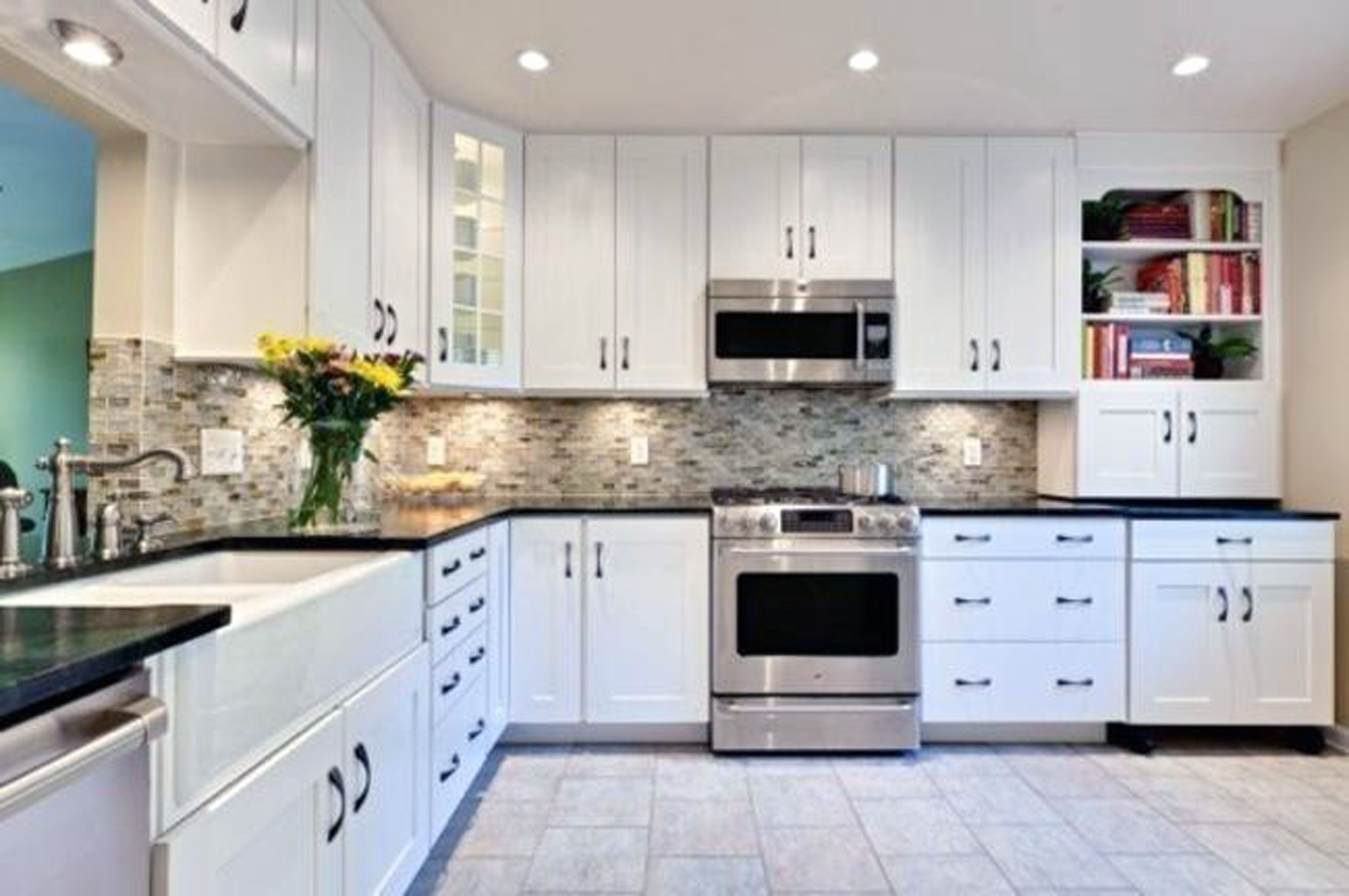 Pictures Of Kitchens With White Cabinets And Tile Floors