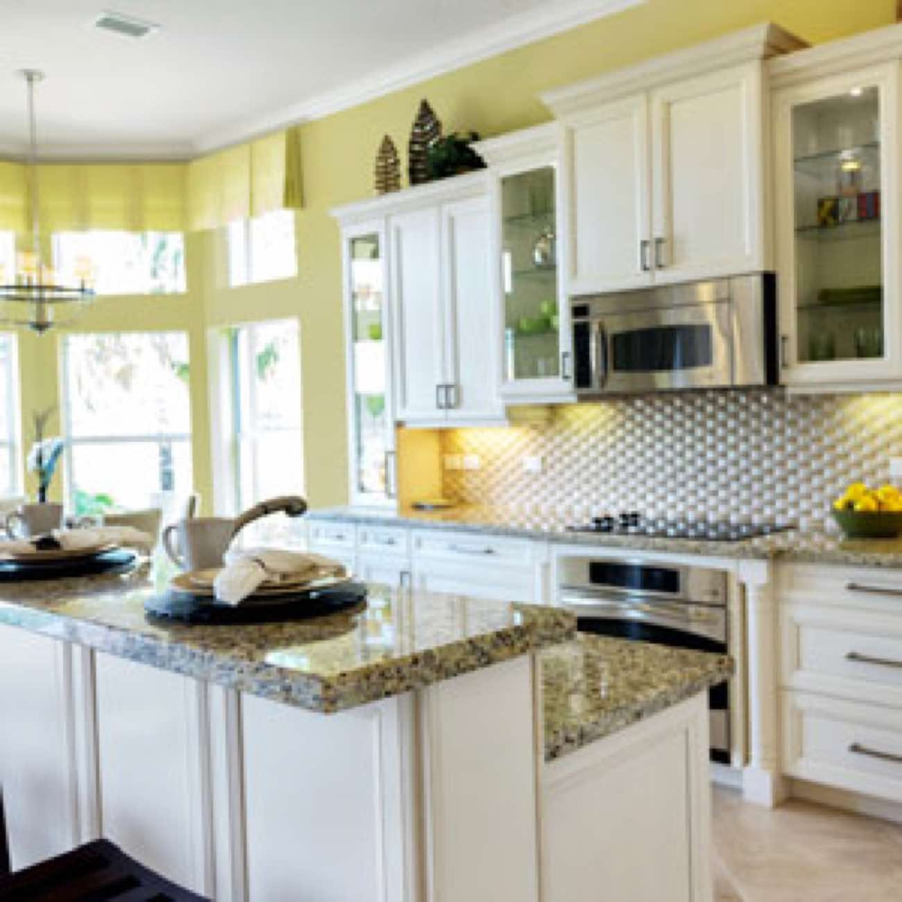 Should Kitchen Cabinets Have Handles Or Knobs Kitchen